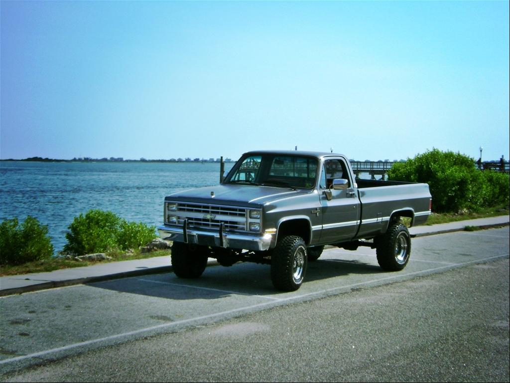 Silverado chevy 1987 silverado : File:1987 Chevrolet V-10 Fleetside.jpg - Wikimedia Commons