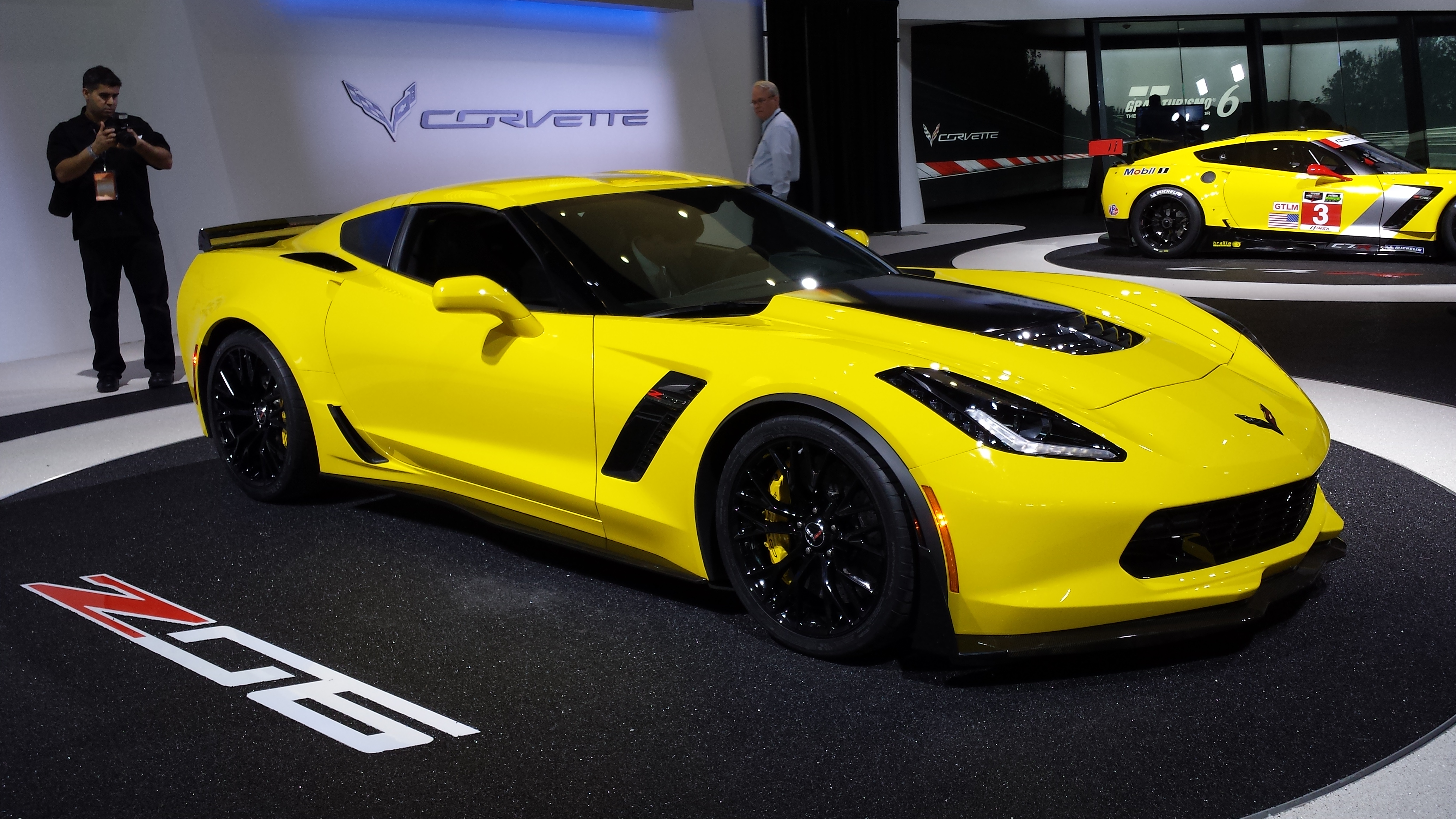 File:2015 Chevy Corvette Stingray Z06 Debut At Detriot Auto Show 8