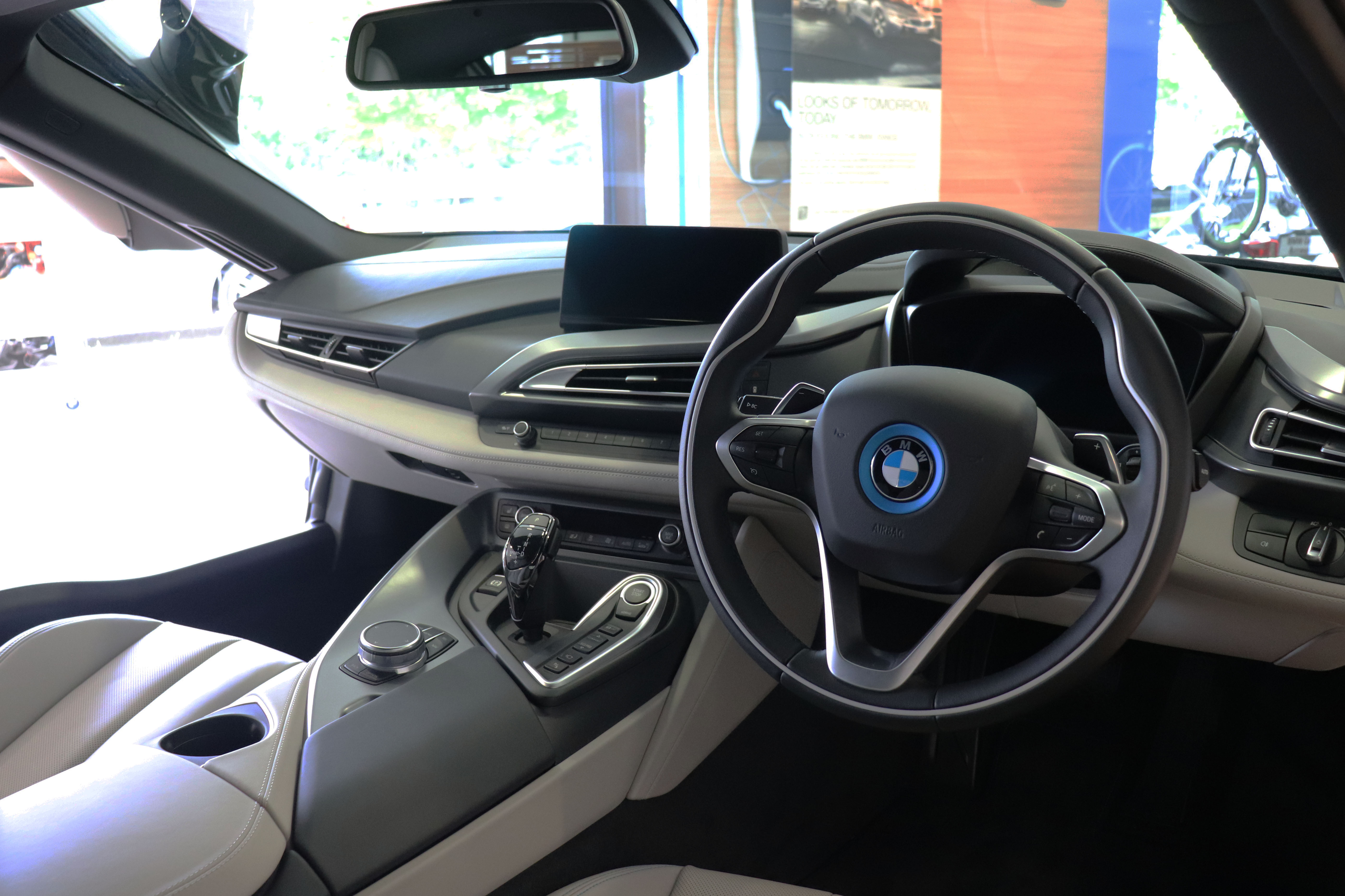 File 2018 Bmw I8 Interior Jpg Wikimedia Commons
