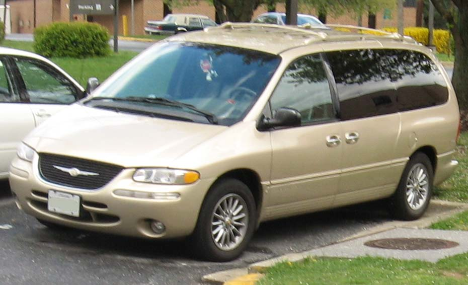 Chrysler Town Country Tire Size P R Limited Touring L