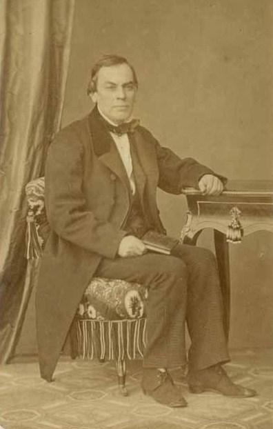 Agustín Edwards Ossandón (1).jpg