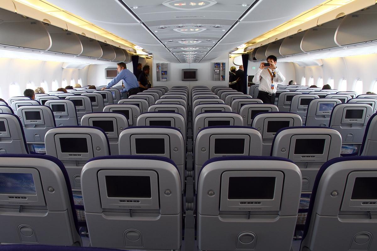 File Airbus A380 841 Lufthansa An1993815 Jpg Wikimedia