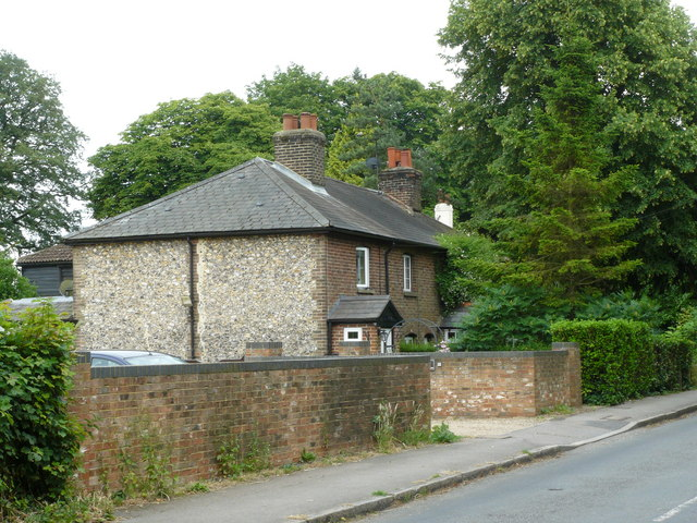 Apsley Cottages, Banstead - geograph.org.uk - 1386459