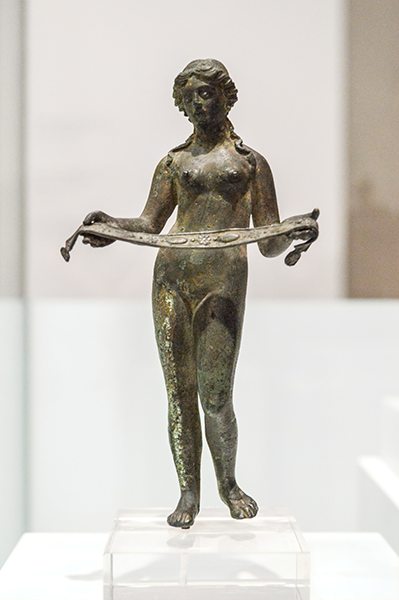aphrodite bronze statue