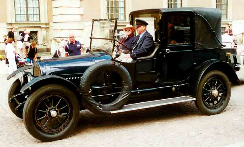 file cadillac 57 v8 town car 1917 jpg wikimedia commons