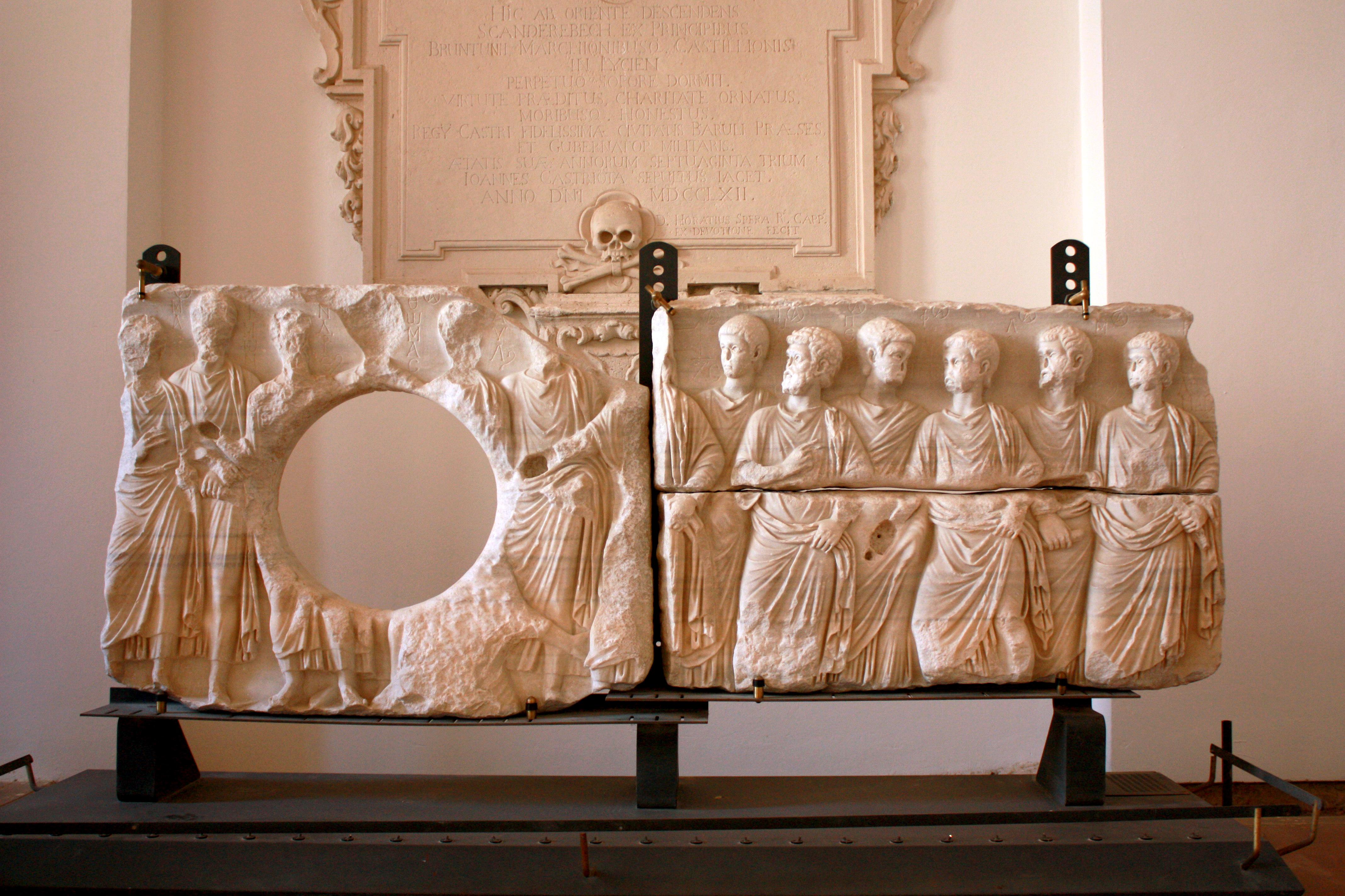 Il Sarcofago degli Apostoli