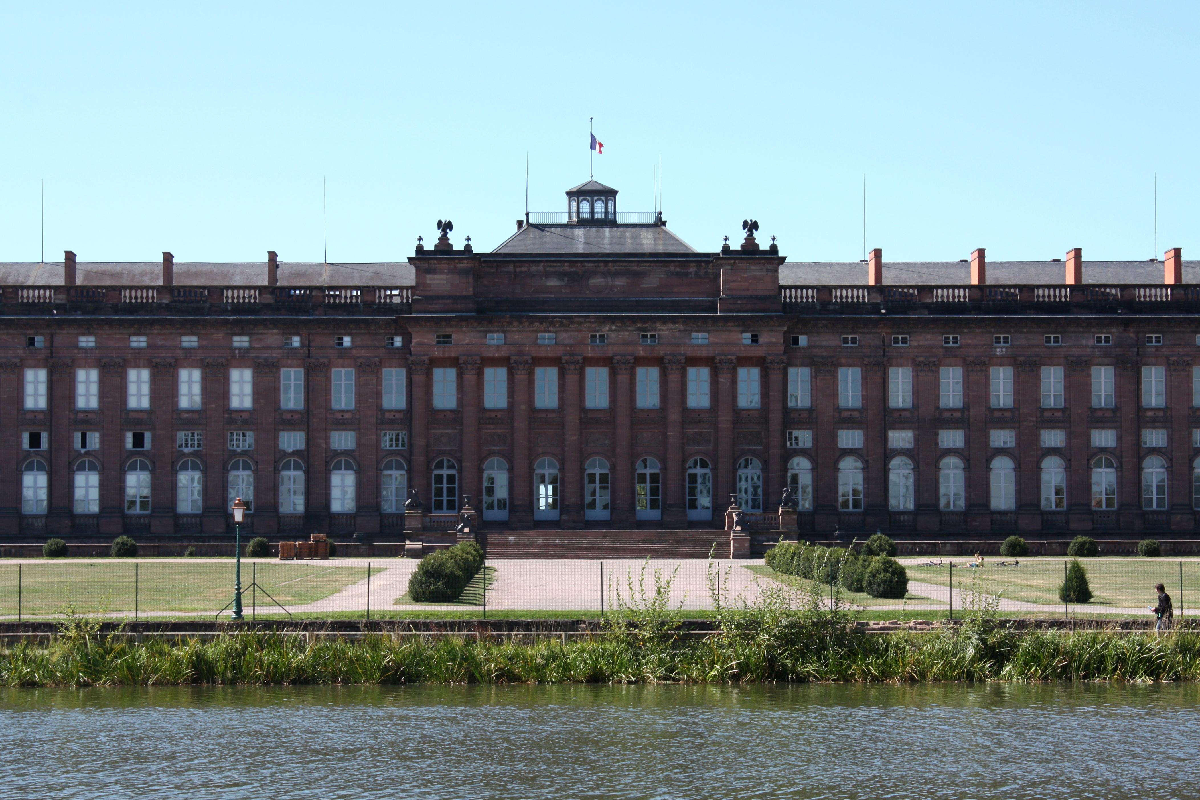 File chateau wikimedia commons - Architecte saverne ...