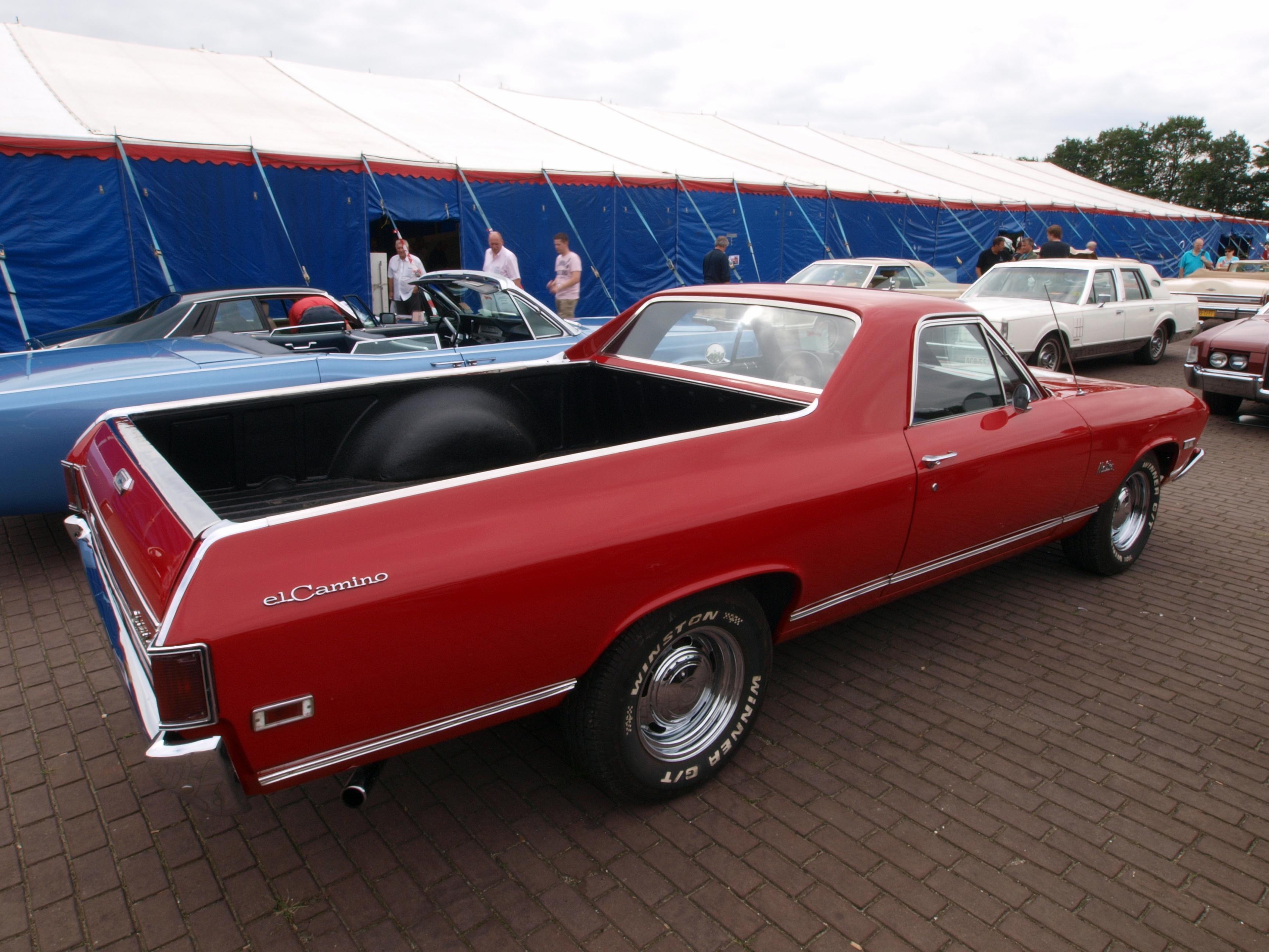 File:Chevrolet El Camino, Belgian licence registration ZDY ...