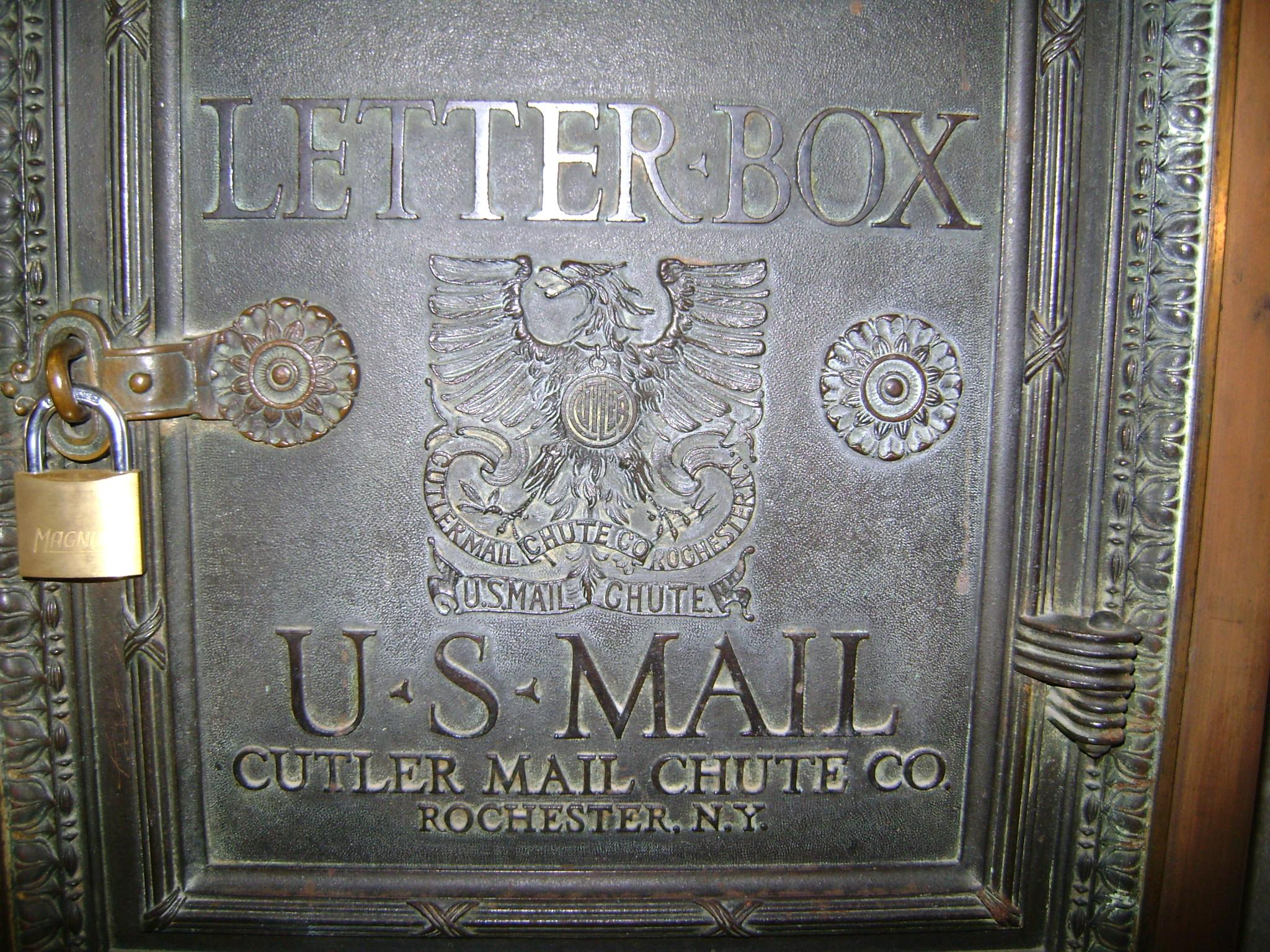 File:Cutler mail chute letter box JPG - Wikimedia Commons