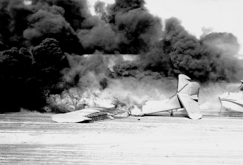Destroyed_PBY_at_NAS_Kaneohe_1941.jpeg
