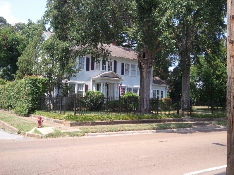 File Deweese House Philadelphia Mississippi Jpg Wikimedia Commons