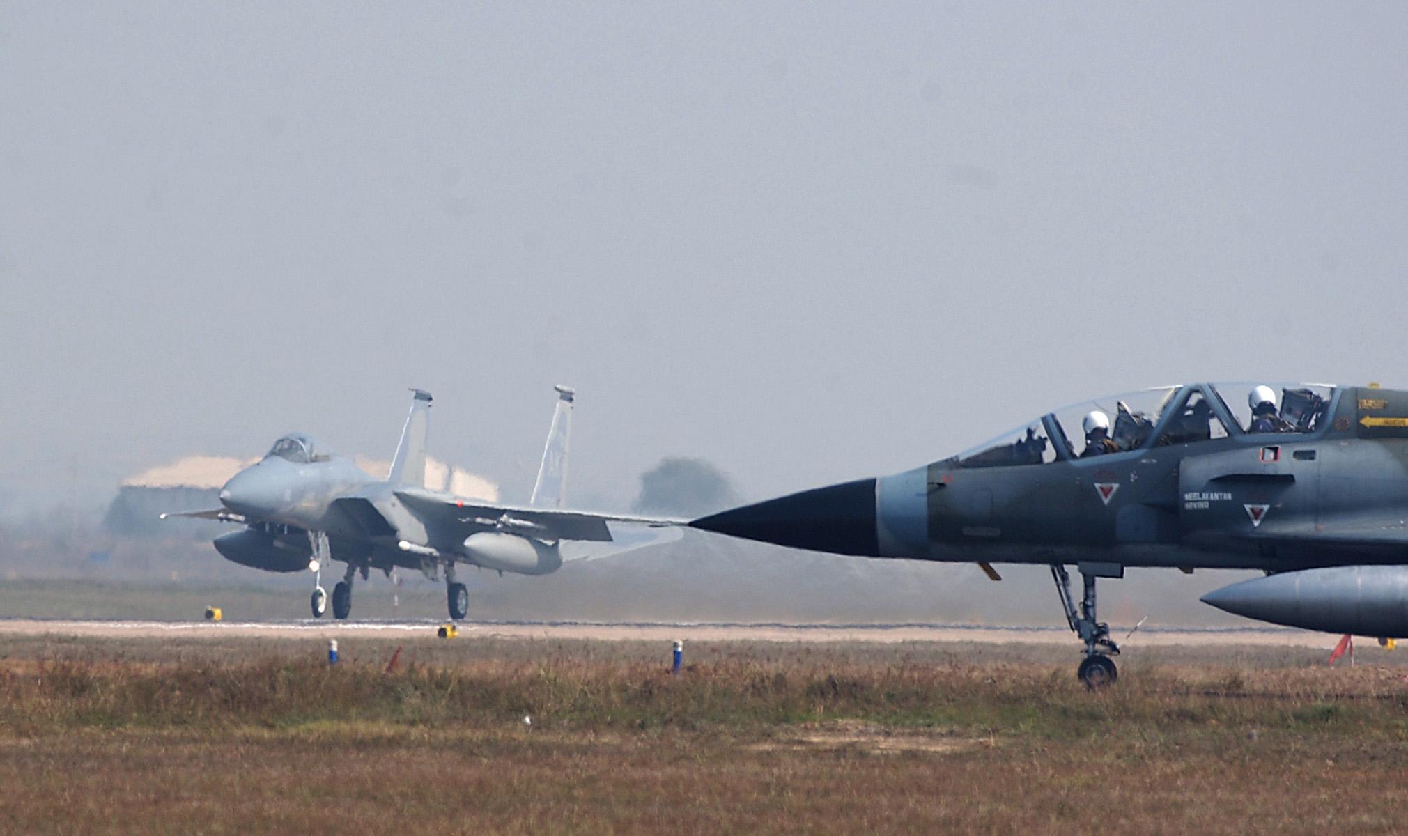 F-15 y Mirage 2000 colisionan en ejercicio conjunto F-15_Mirage2000