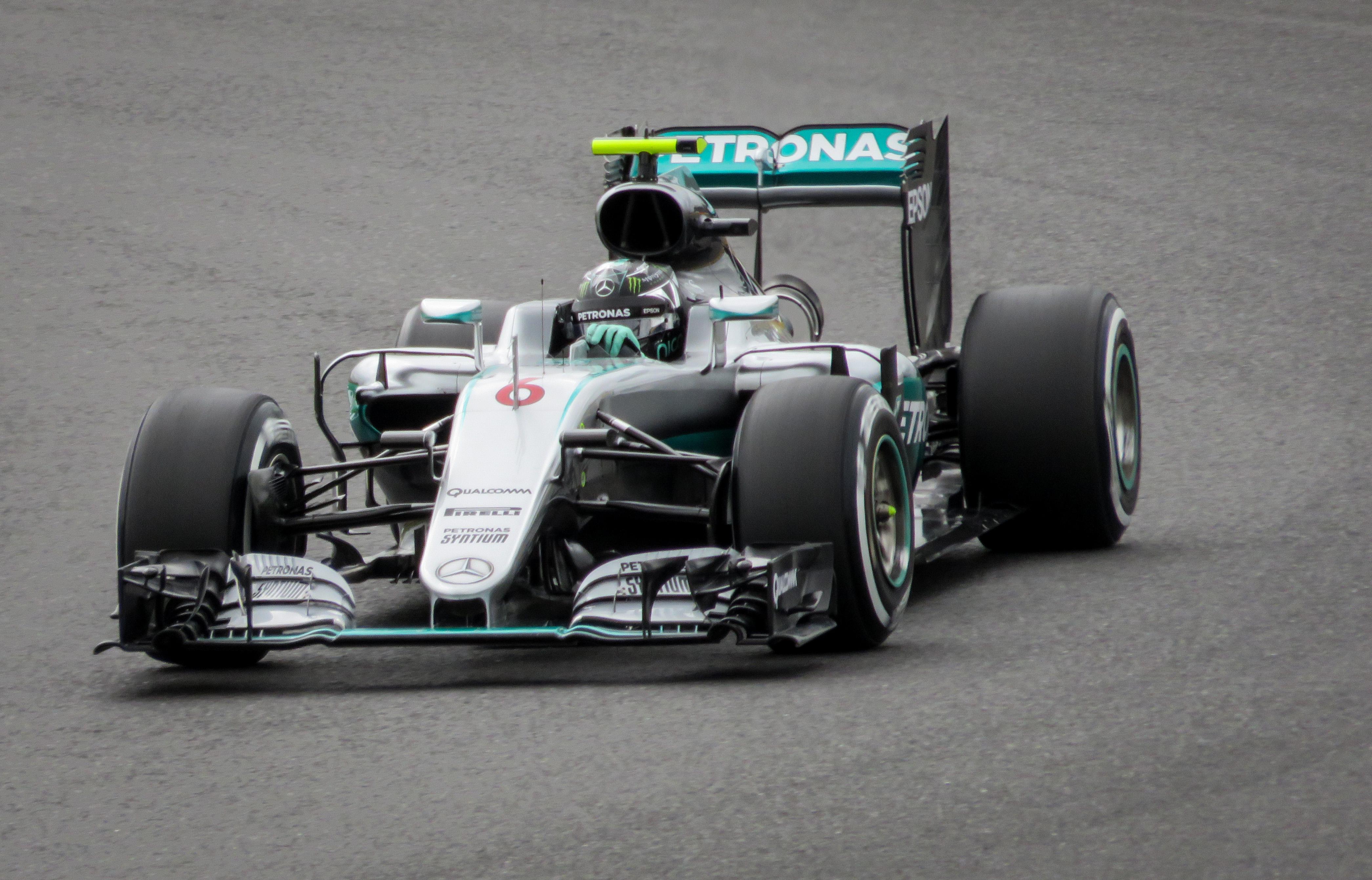 File:F1 - Mercedes AMG - Nico Rosberg (28549724736).jpg - Wikimedia Commons