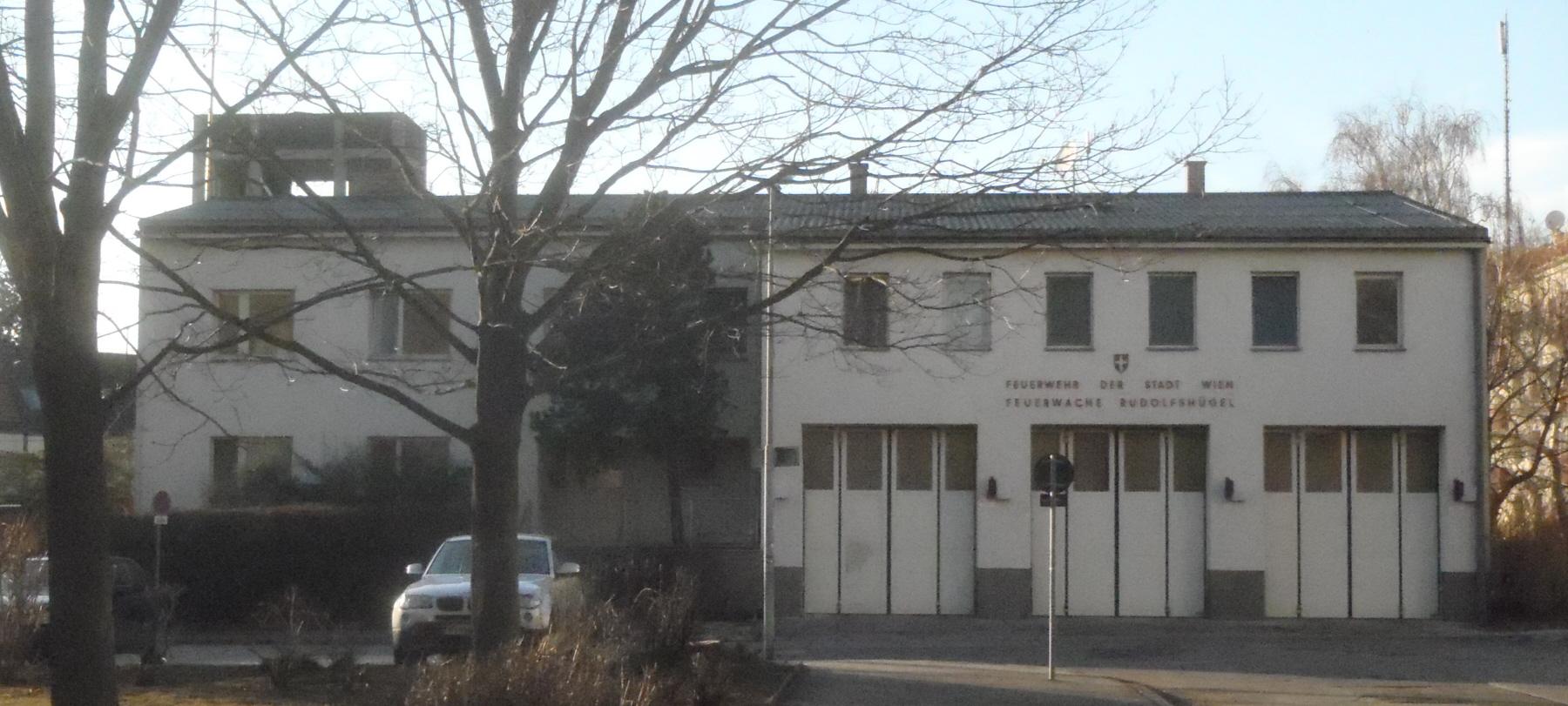 GuentherZ 2012-02-21 2210448 Wien10 Feuerwache Rudolfshuegel.jpg
