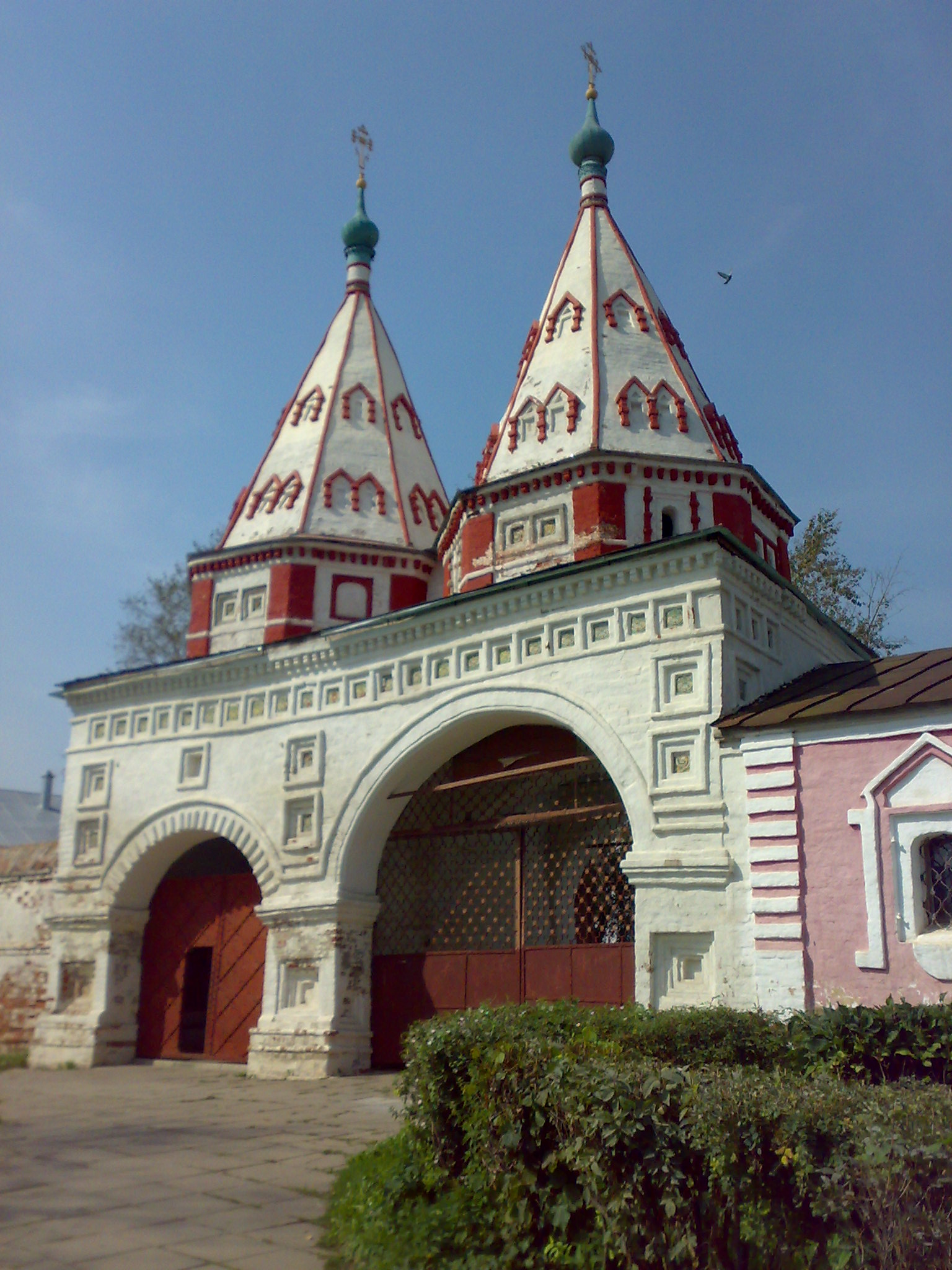The Holy Gate, Rizopolozhensky Convent, Suzdal.