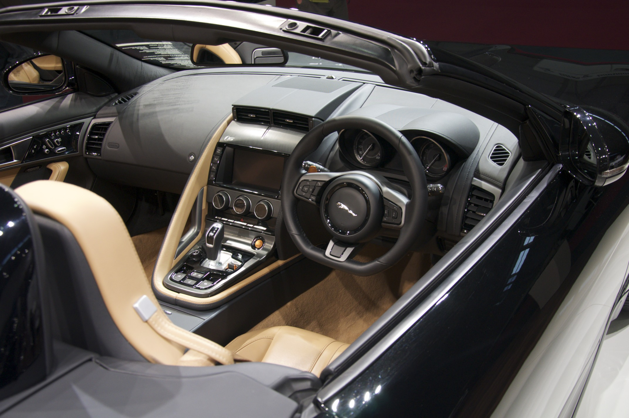 Attractive Jaguar F Type Interior U003eu003e File:Jaguar F Type Interior