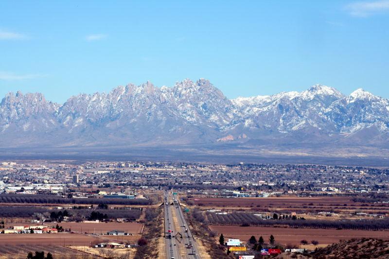 http://upload.wikimedia.org/wikipedia/commons/3/32/Las_Cruces.jpg