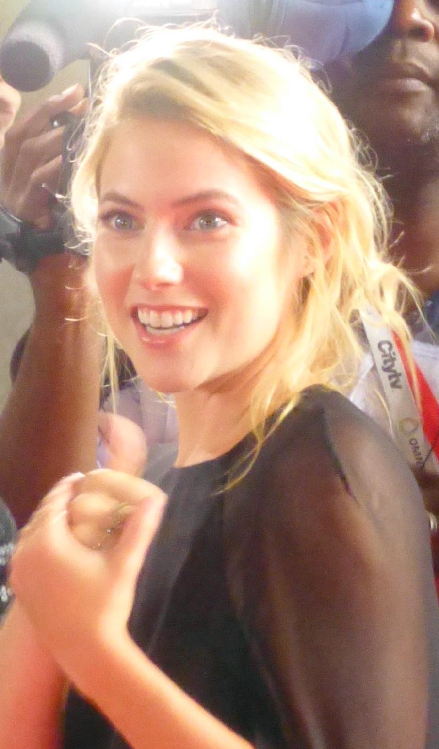 laura ramsey instagram actress