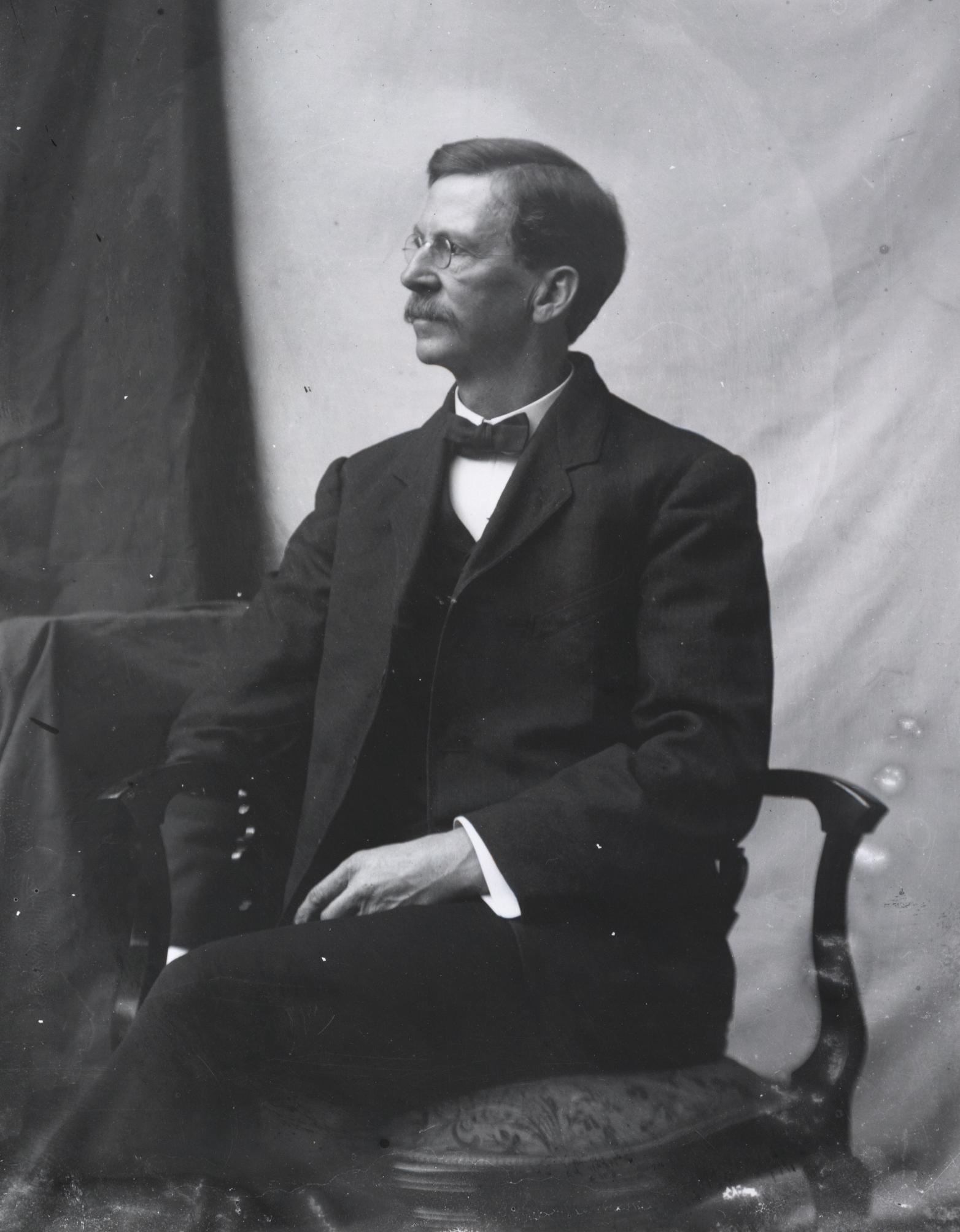 Image of Levin Corbin Handy from Wikidata