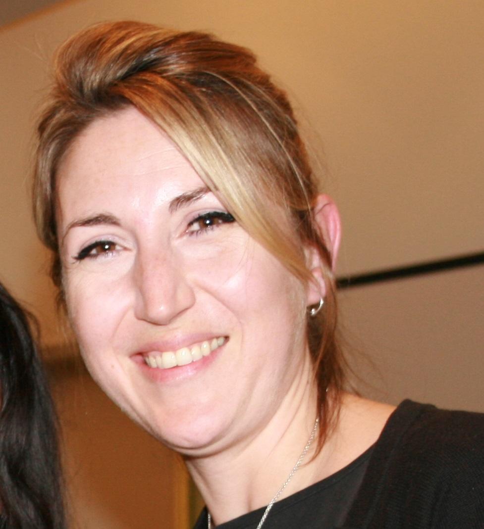 Portrait of Lisa Jewell