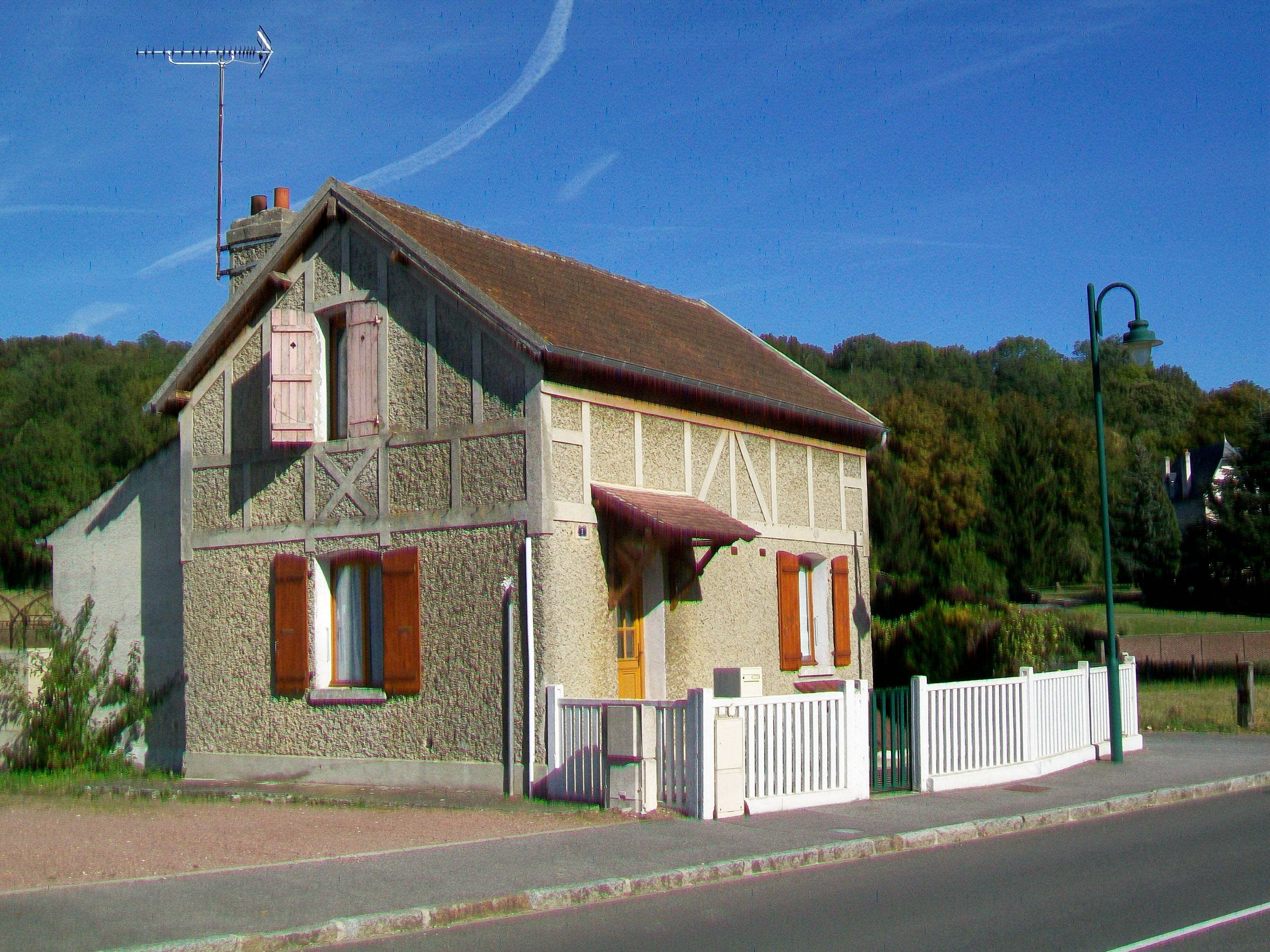 File Longueil Sainte Marie 60 Ancienne Maison De Garde Barriere