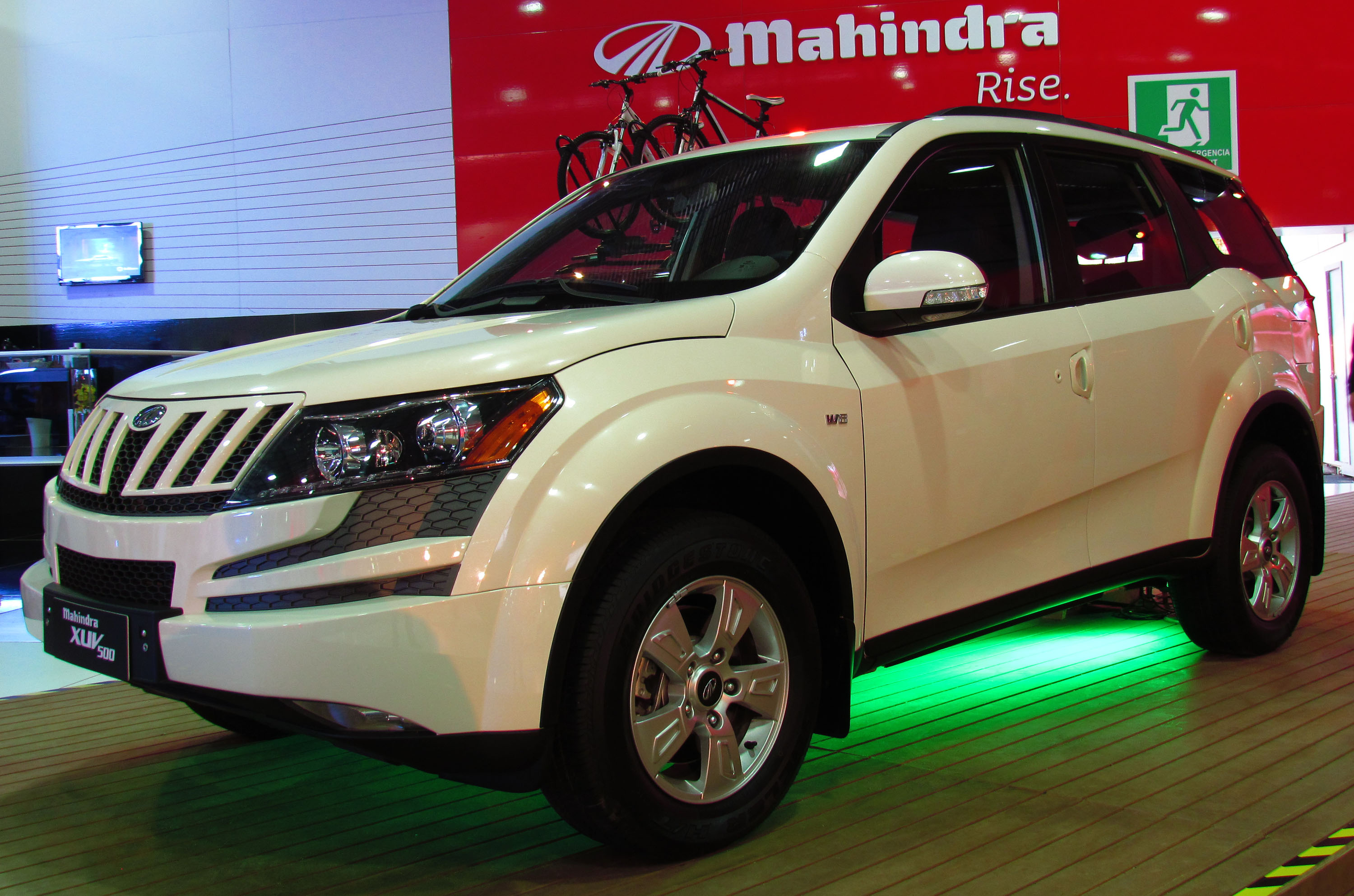 Mahindra New Car In India Rexton