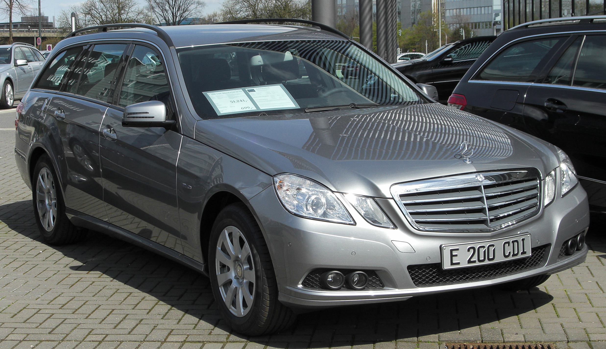 File Mercedes E 200 Cdi Blueefficiency Serienausstattung T