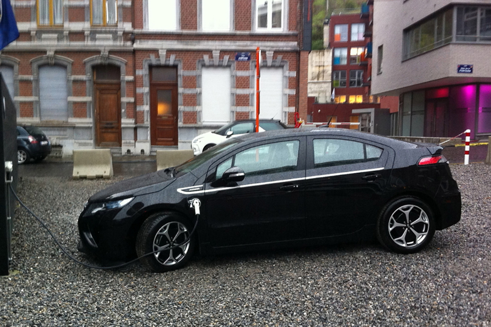 File:Opel Ampera - Flickr - FaceMePLS cropped.jpg - Wikipedia, the ...