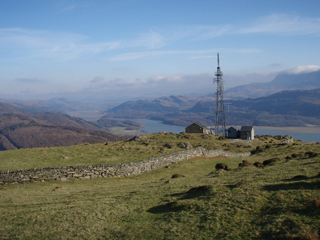 Radio Mast overlooking the Mawddach Estuary - geograph.org.uk - 703207