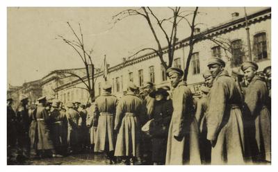 Revolutionary soldiers, Odessa - 1916