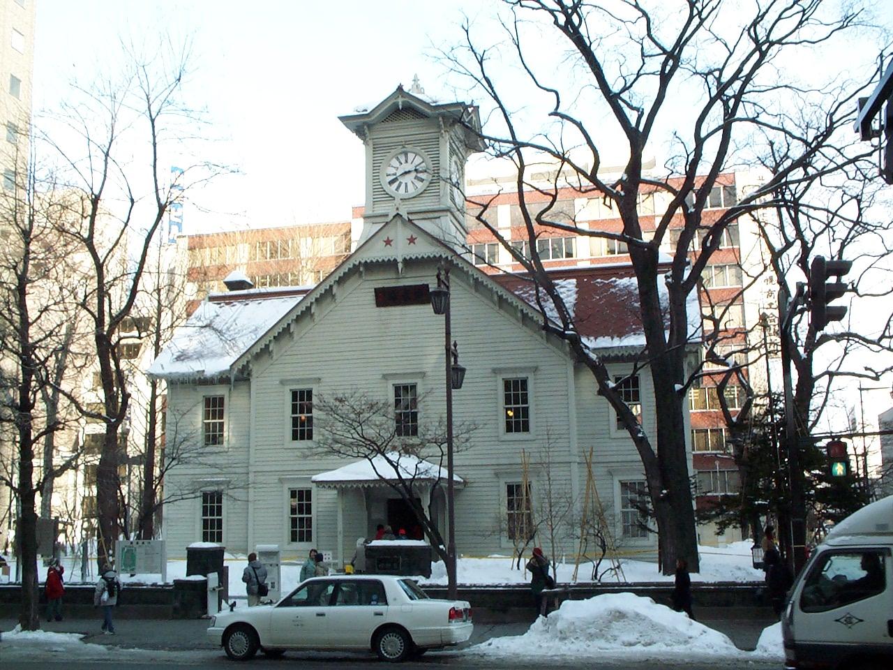 File:Sapporo clock tower.JPG - Wikimedia Commons