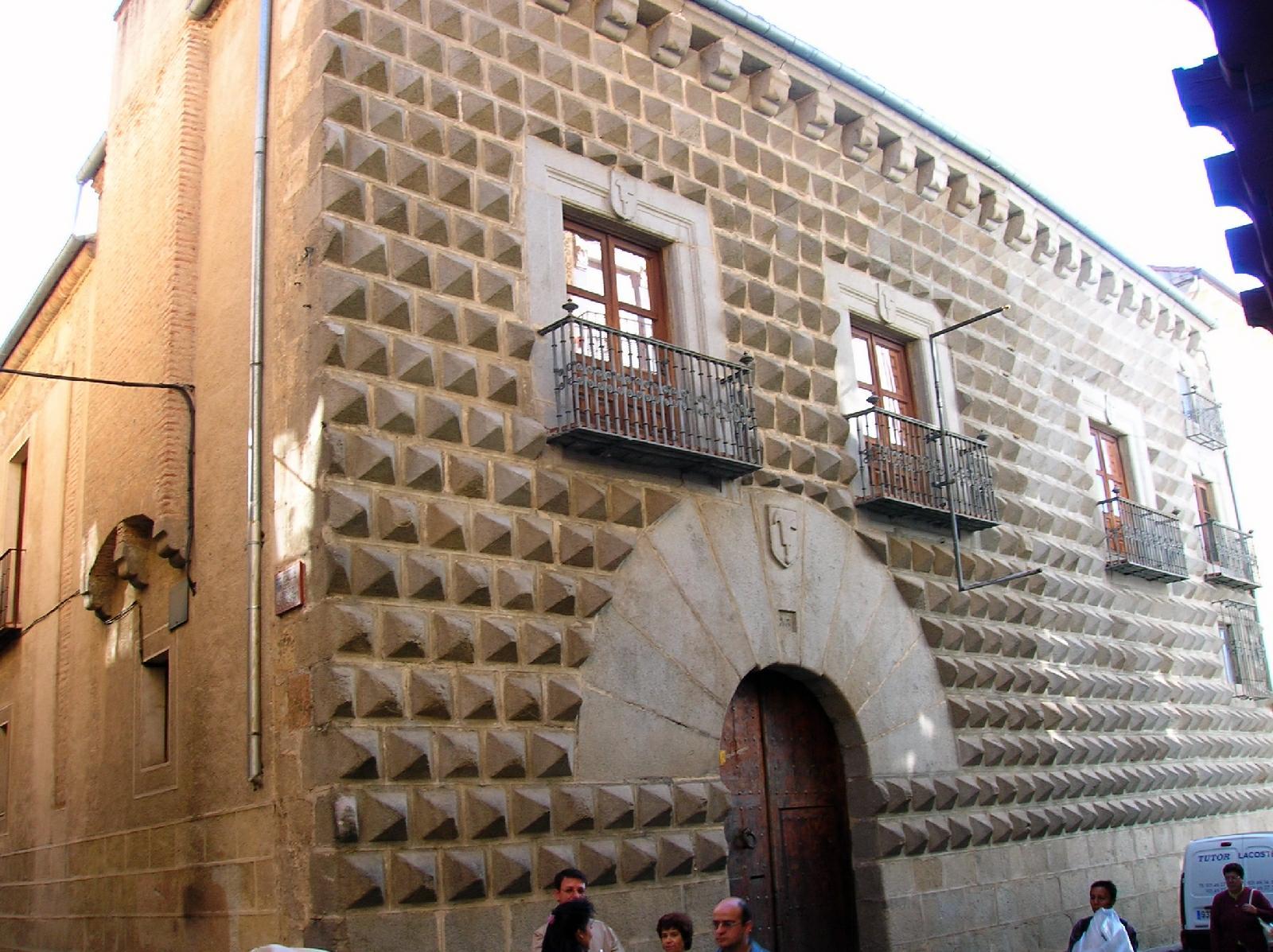 File:Segovia - Casa de los Picos 2.jpg - Wikimedia Commons