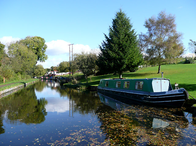 Staffordshire and Worcestershire Canal near Cookley, Worcestershire - geograph.org.uk - 1023687