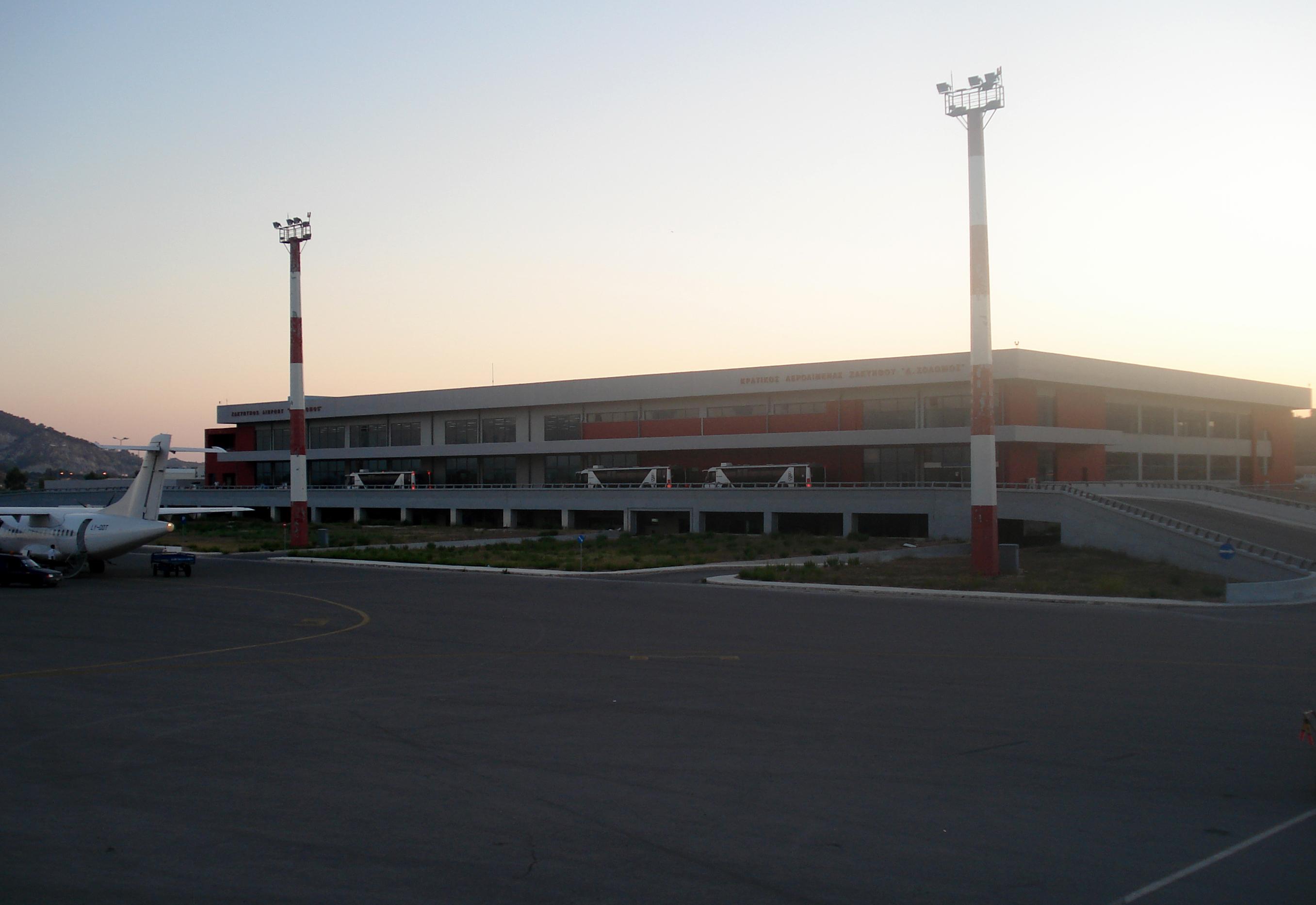 Mednarodno letališče D. Solomos, Zakintos