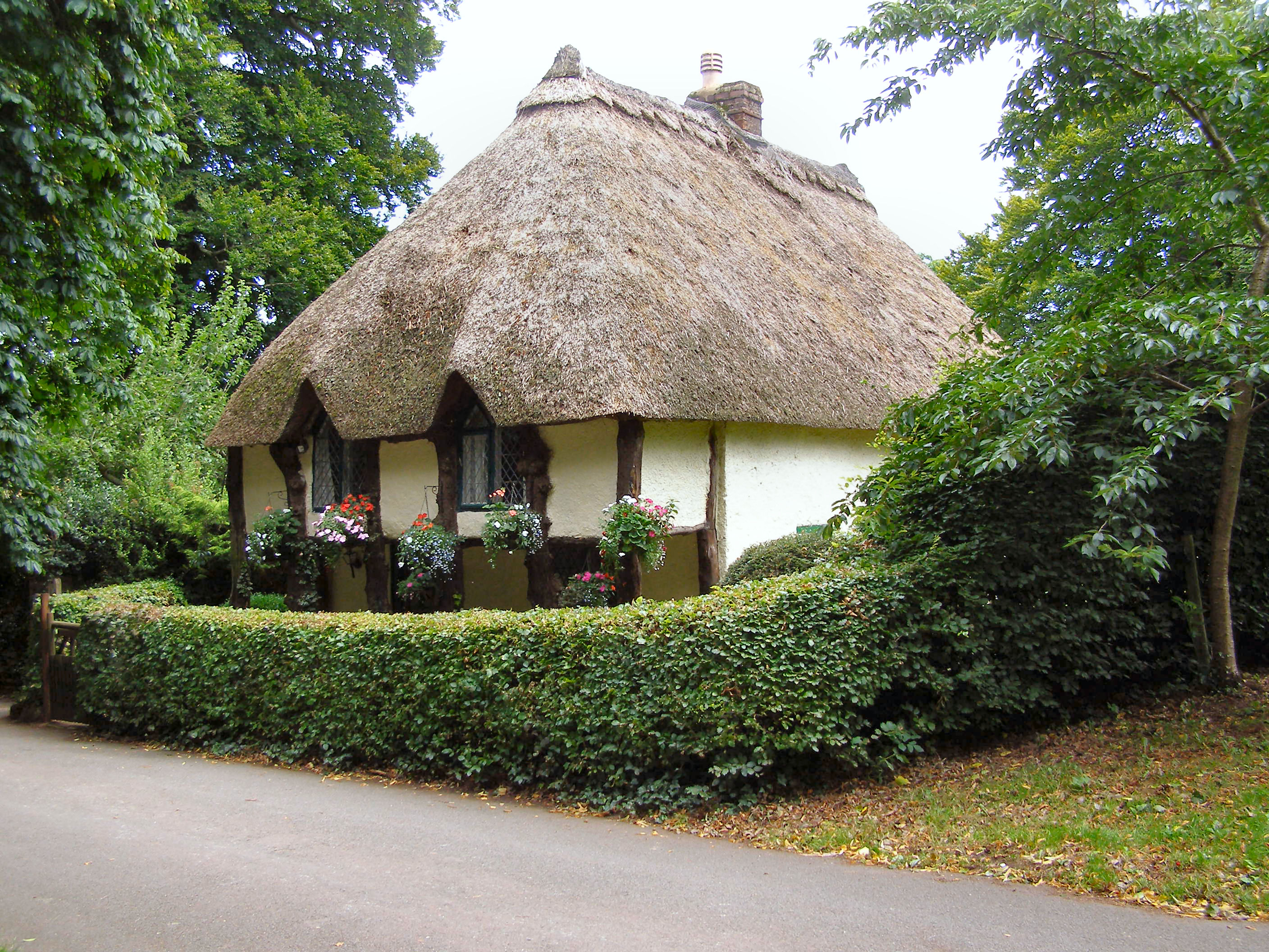 File Thatched Cottage Cockington Geograph Org Uk