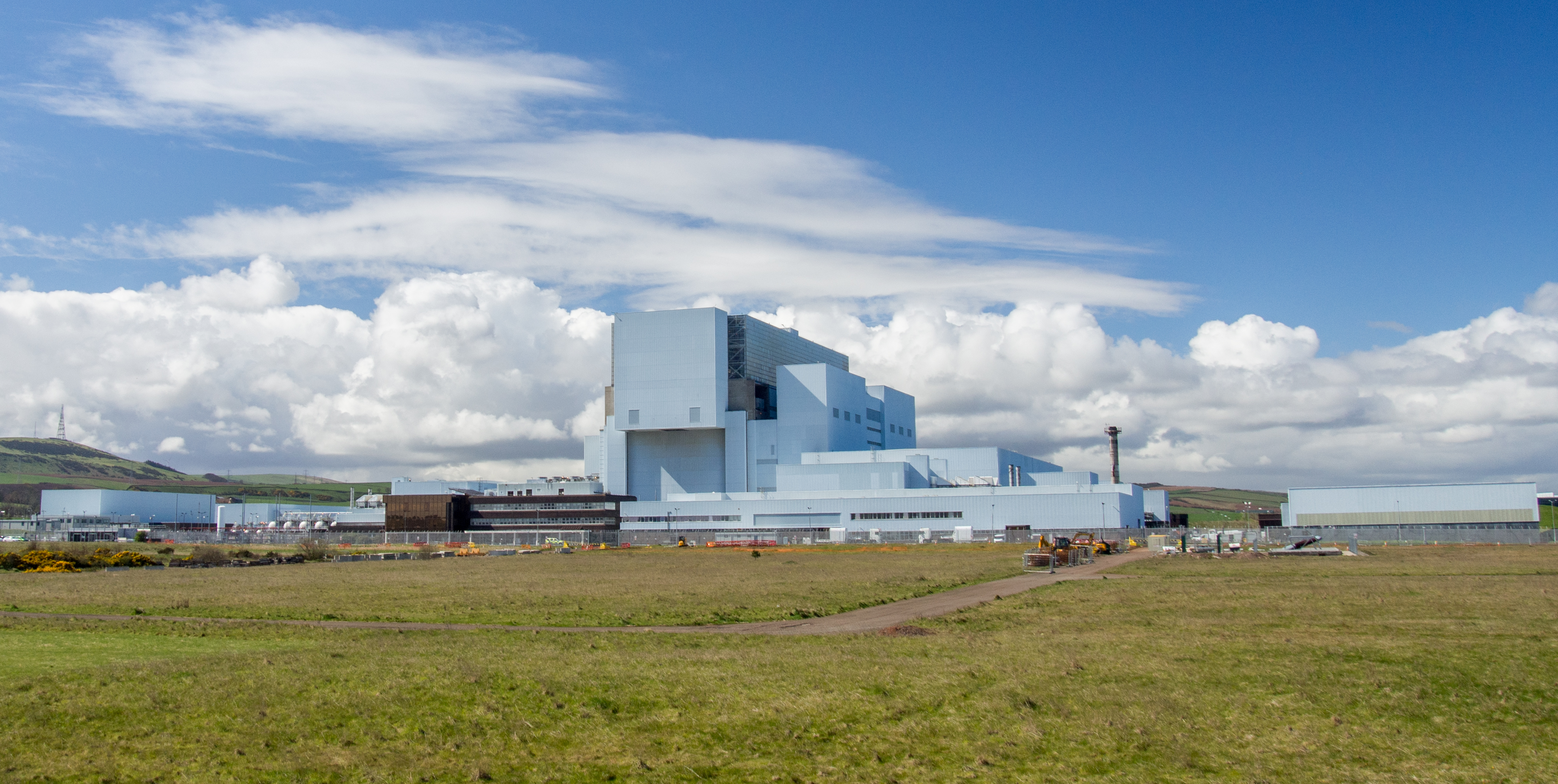 Torness Nuclear Power Station Wikipedia Where Does Electricity In A Building Come From