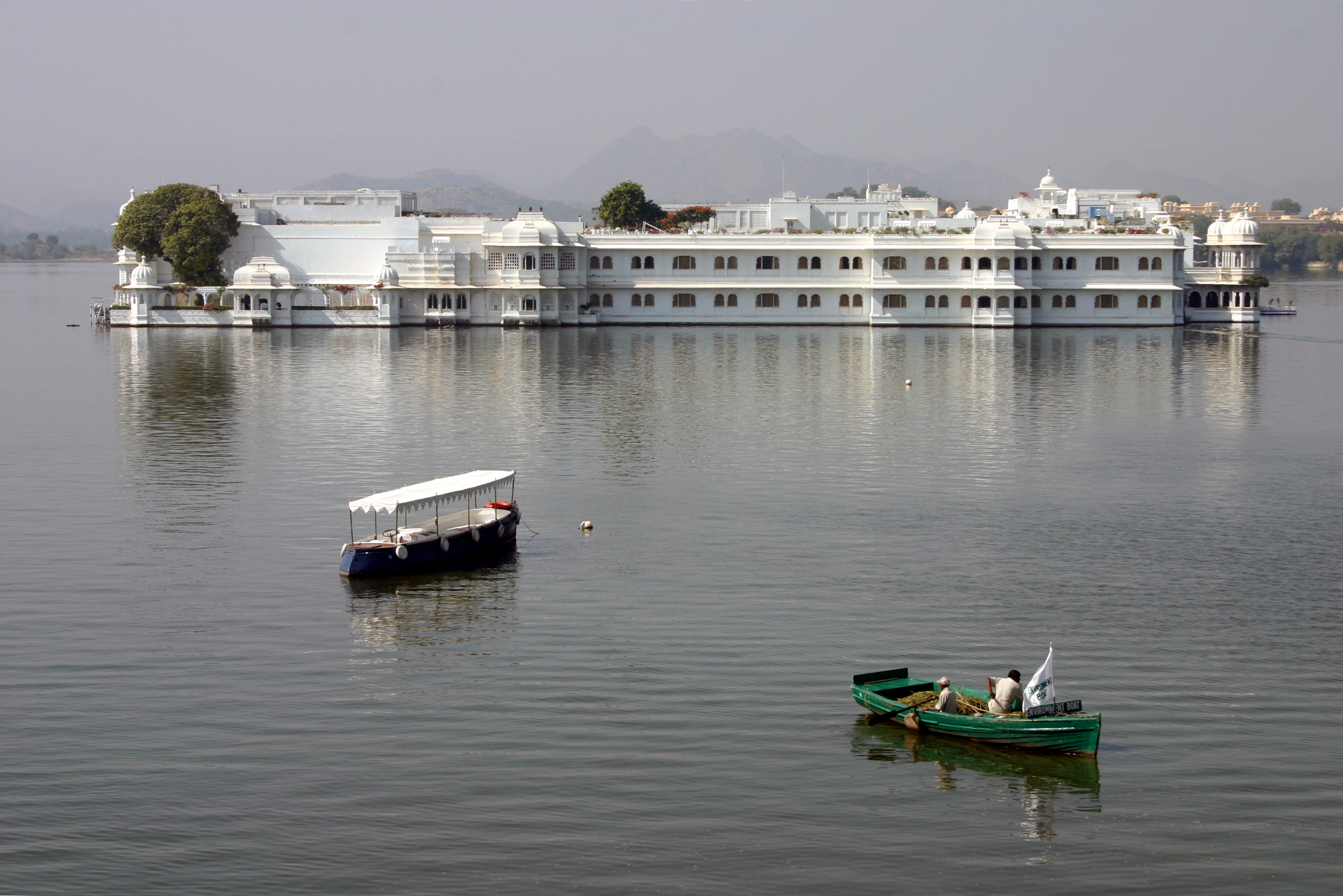 Udaipur Palace Tariff Water Palaces of Udaipur