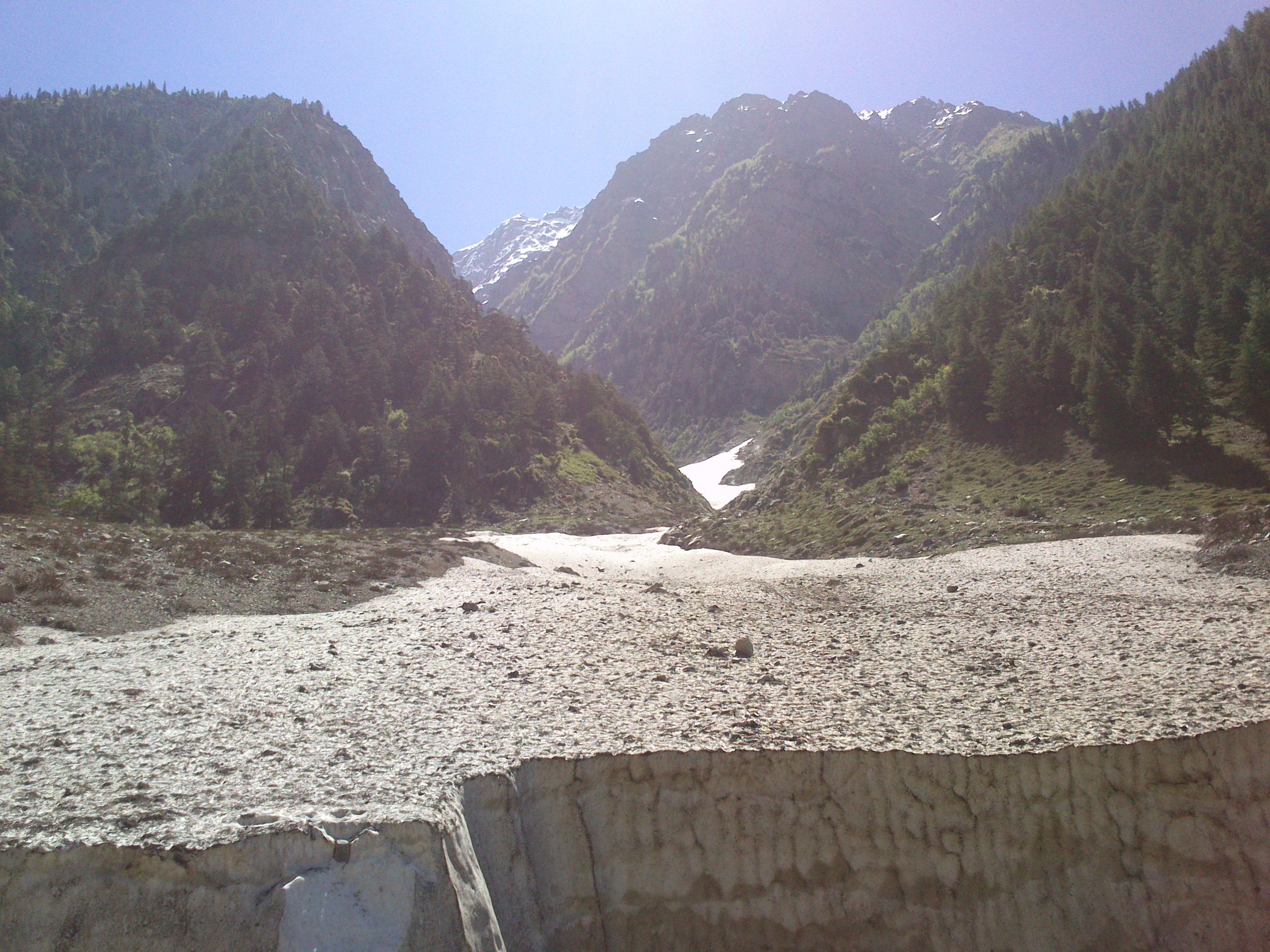 File:Ushu glacier.jpg