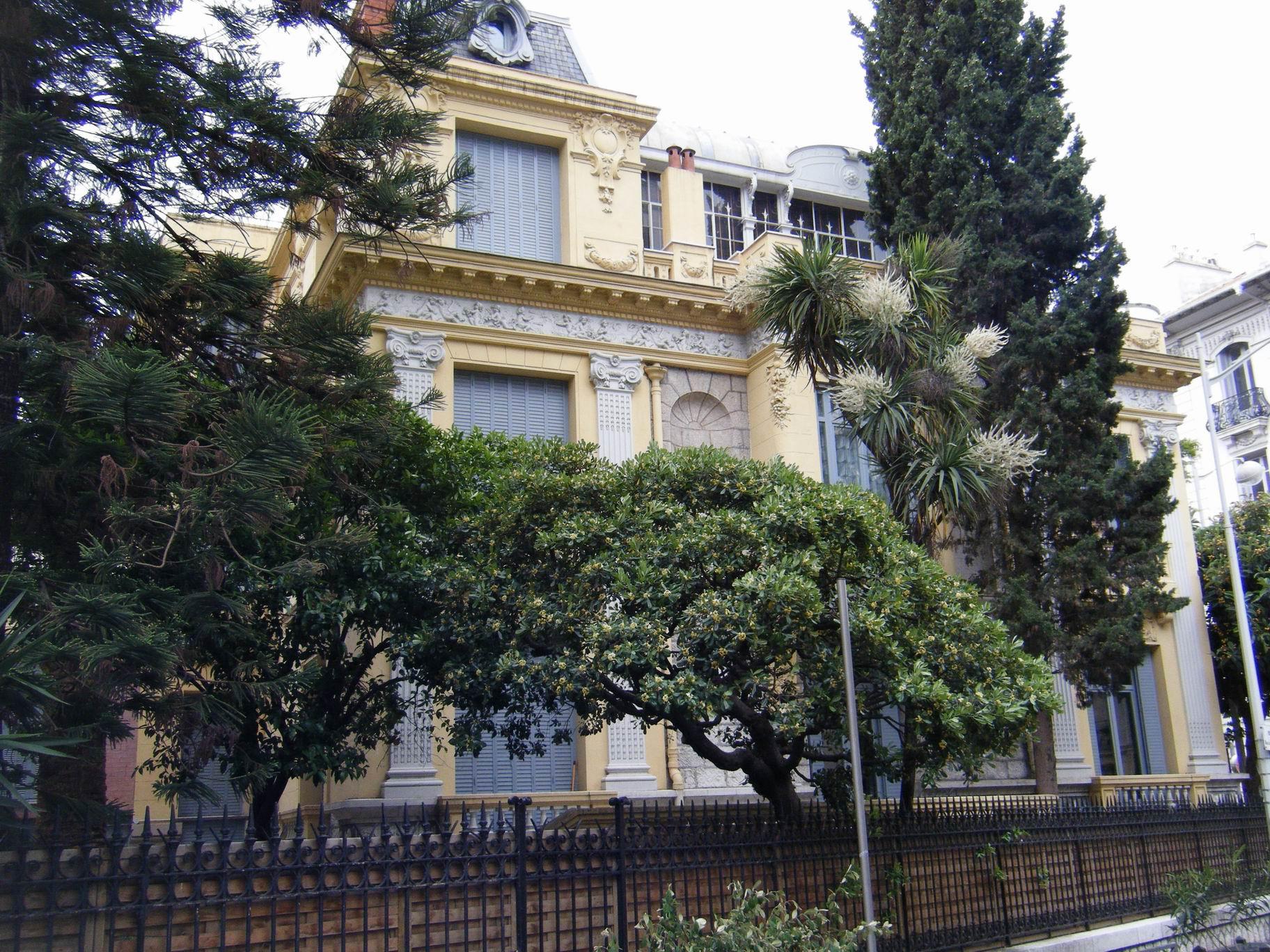 Belle facade de villa les meilleures id es concernant for Les plus belles facades de villa