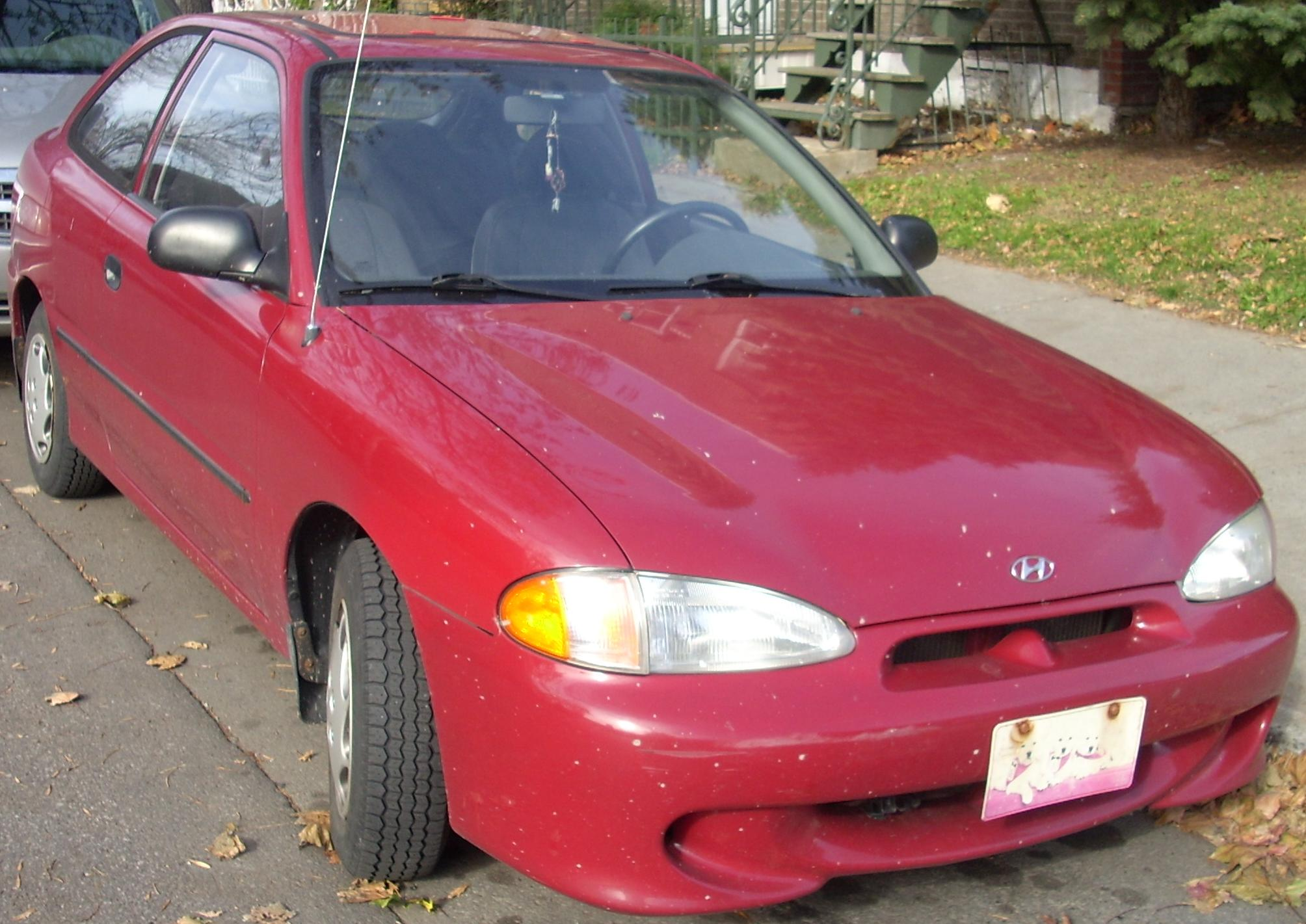 File98 99 Hyundai Accent Hatchback