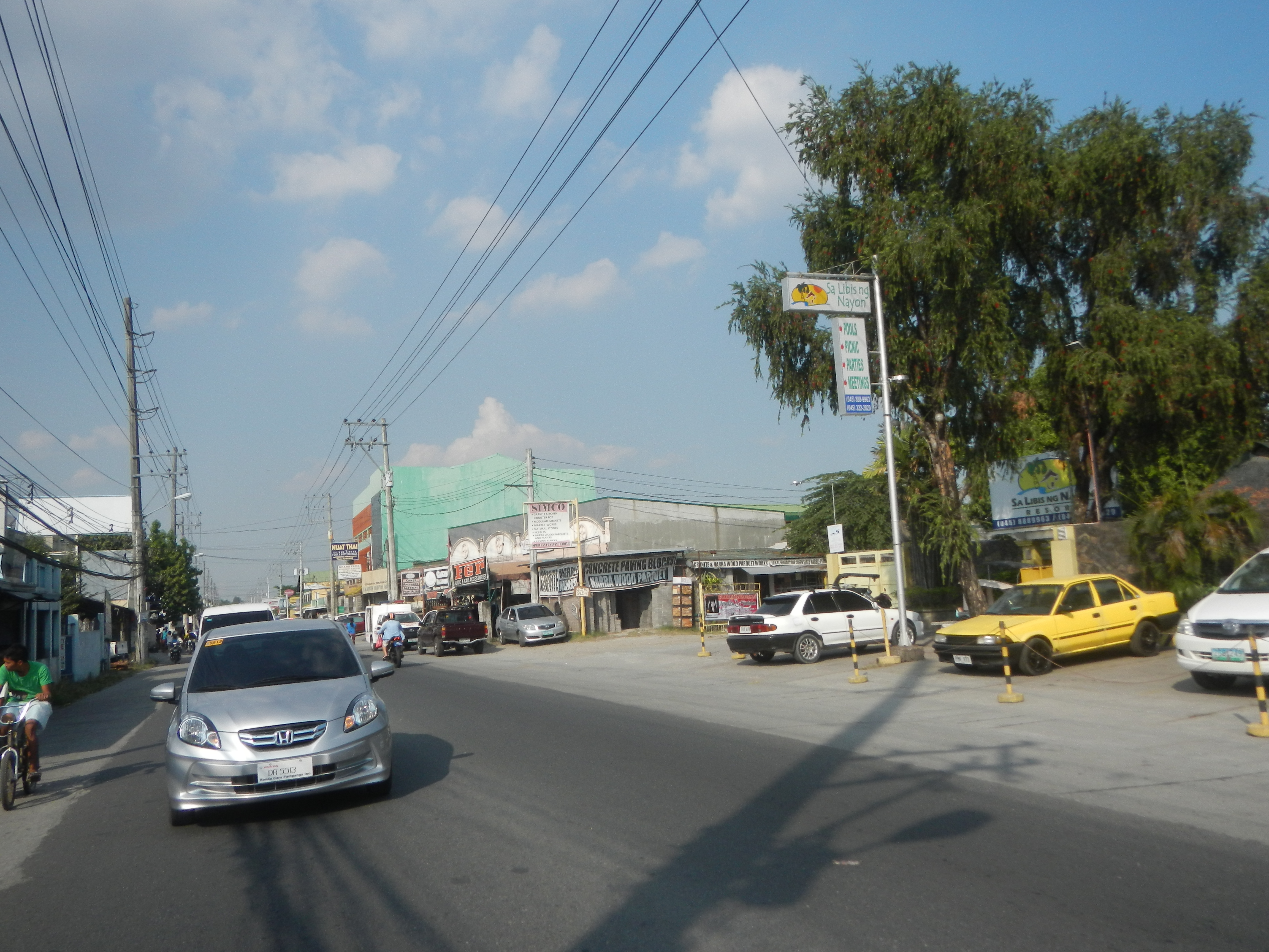 File:0001jfMagalang Road Pandan, Mining, Salapungan Santo Cristo ...