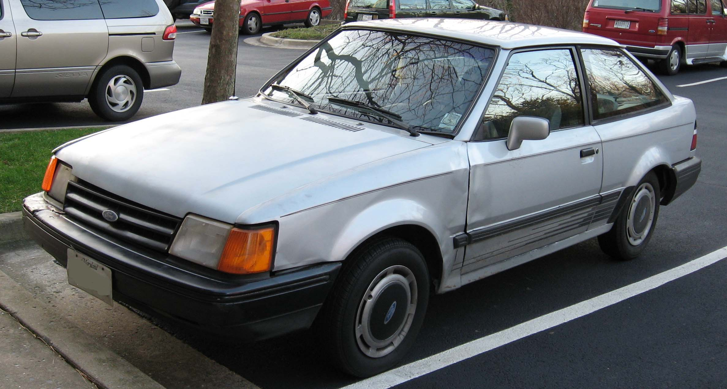 File:1988-90 Ford Escort.jpg