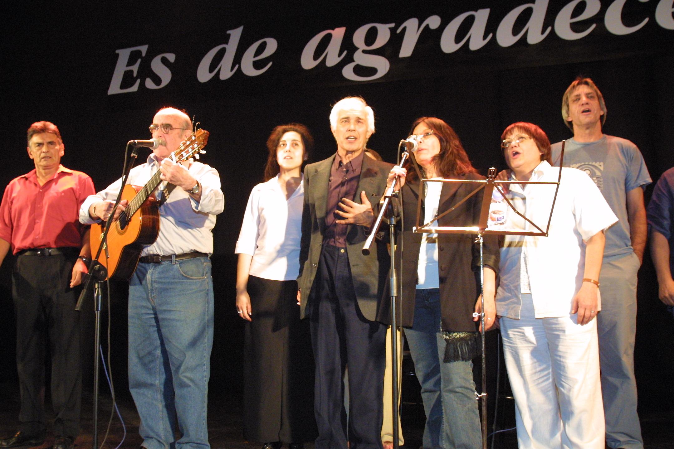 """Homenaje a Indio Juan """"Es de agradecer"""" en CCOO Madrid. Mayo de 2002."""