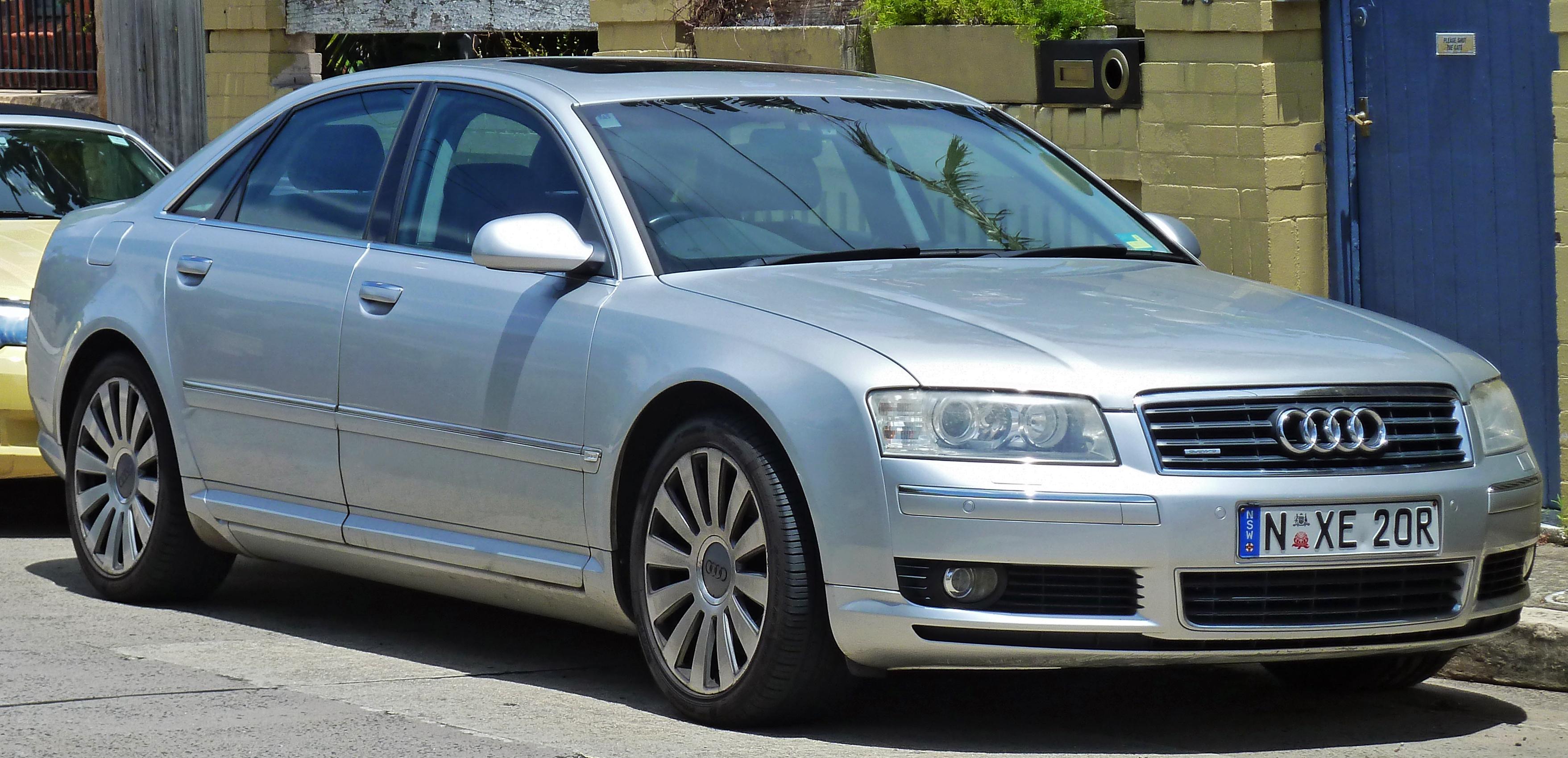 Annonces Audi A8 d' occasion mises en vente par des concessionnaires et