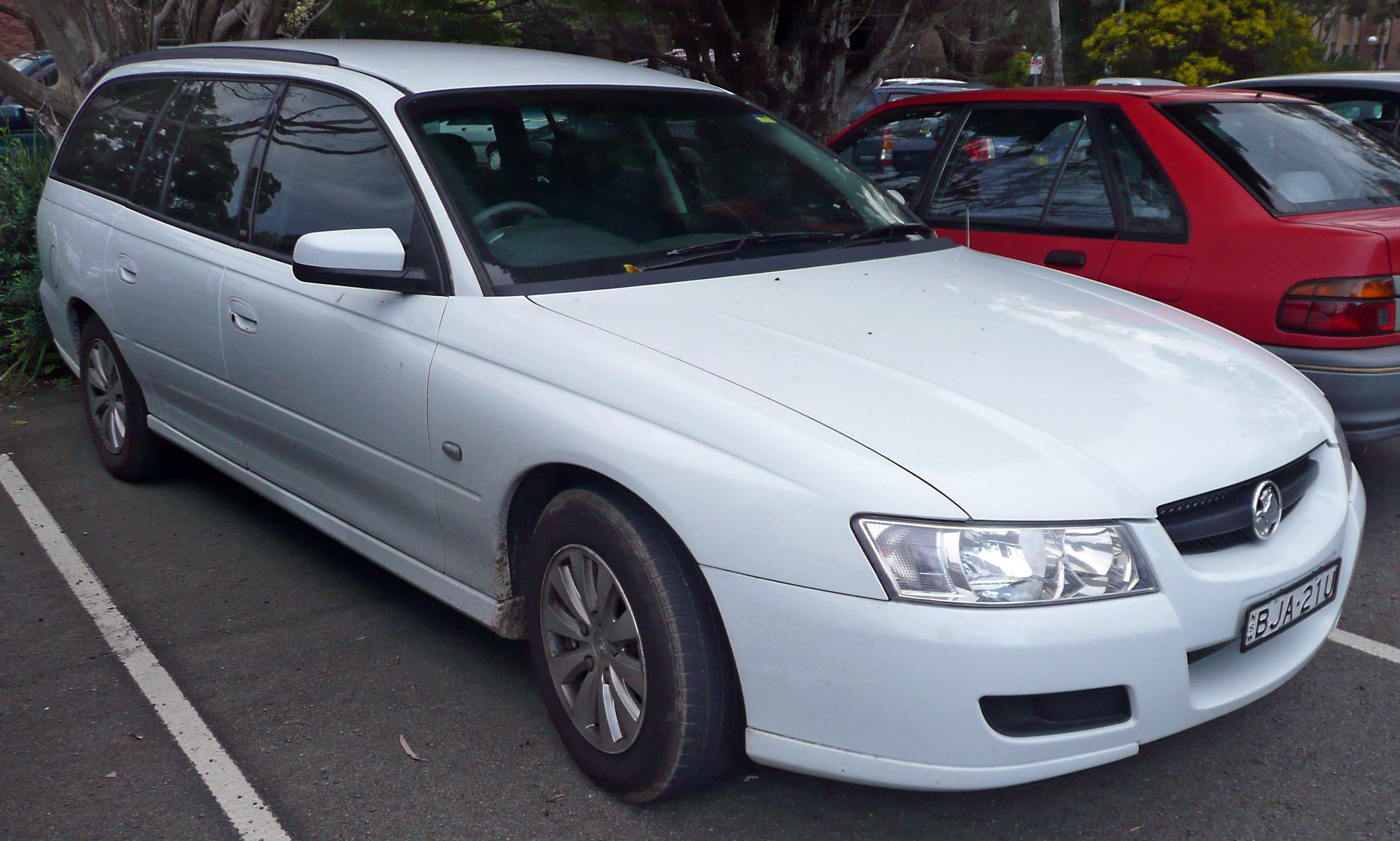 File:2007 Holden Commodore (VZ MY07) Acclaim station wagon (2009-07
