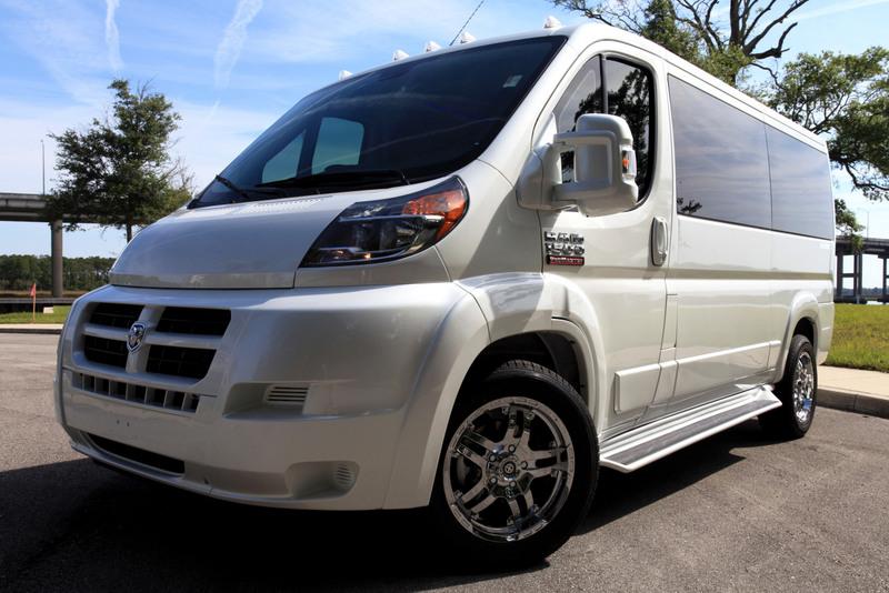 File 2014 Sherry Vans White Low Top Conversion Van On
