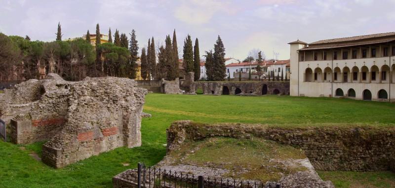 Anfiteatro romano di Arezzo - Wikipedia