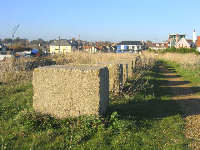 Anti-tank defences, Aldeburgh, Suffolk - geograph.org.uk - 73181
