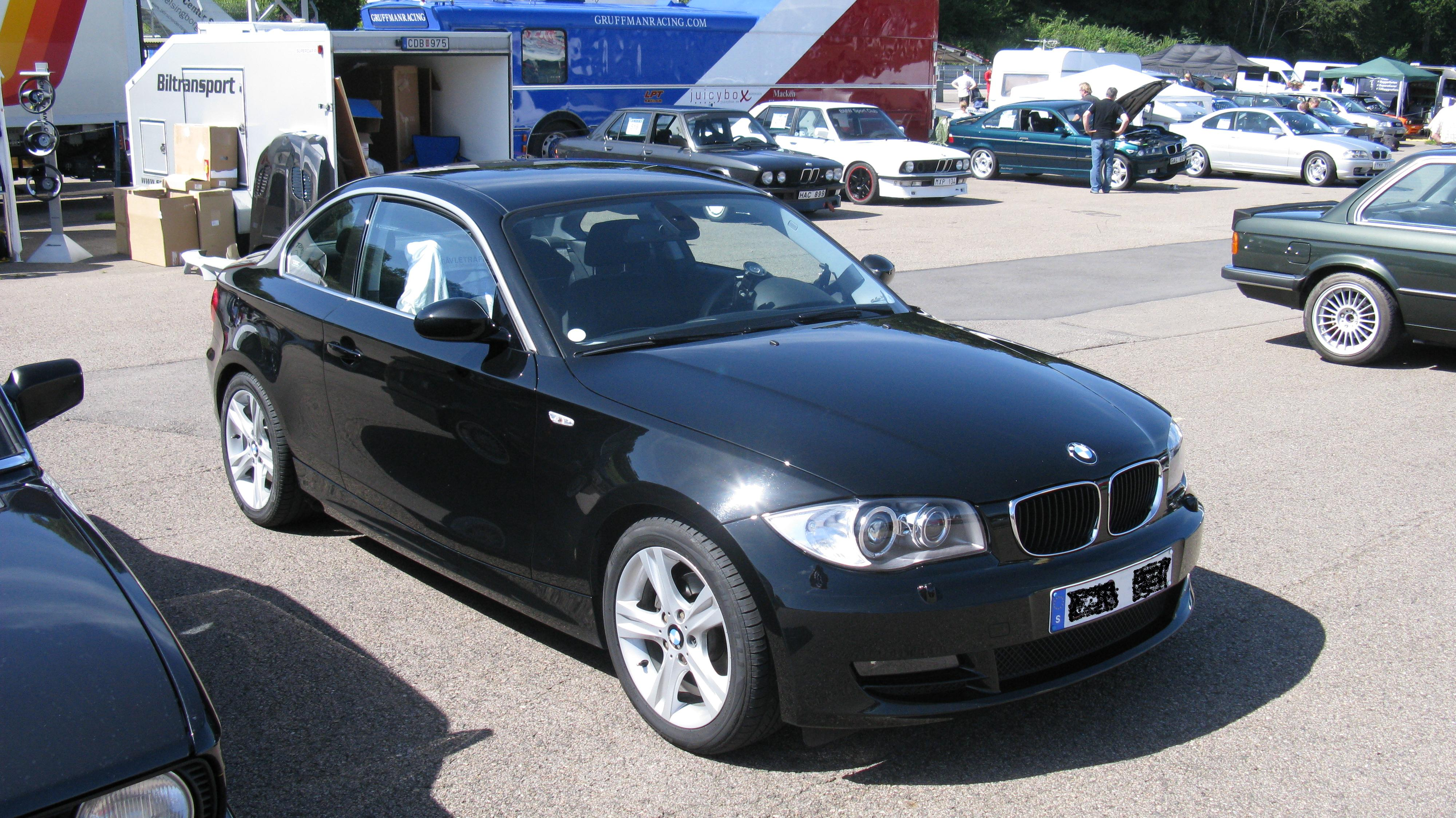 file bmw 120d coup 3791974902 jpg wikimedia commons. Black Bedroom Furniture Sets. Home Design Ideas