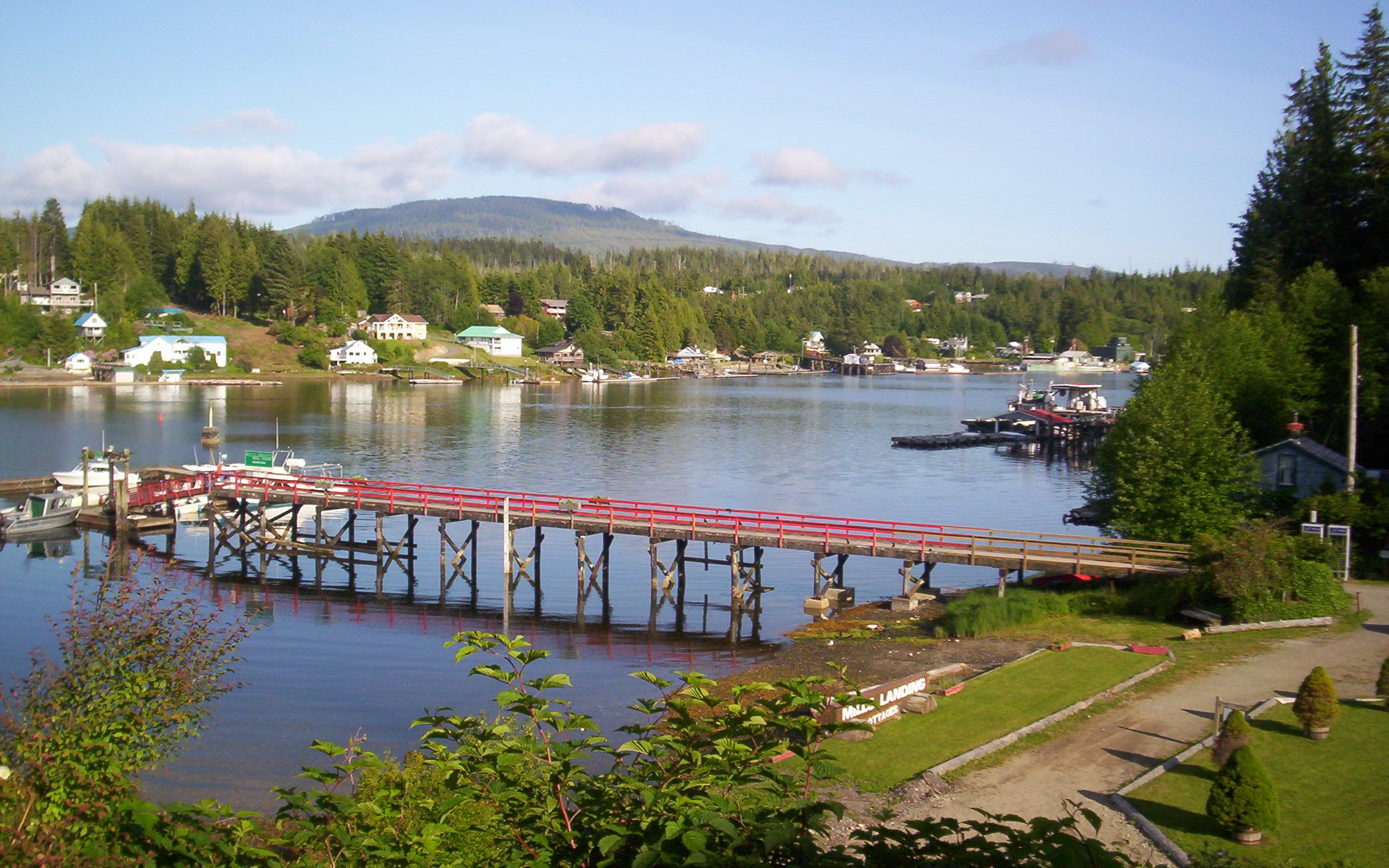 how to get to bamfield bc
